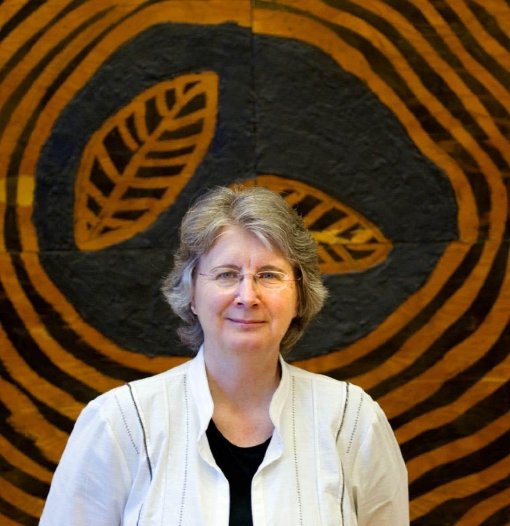 Carole Lévesque, professeure au Centre urbanisation culture société de l'Institut national de la recherche scientifique (INRS) et récipiendaire du prix Marcel-Vincent<br />
