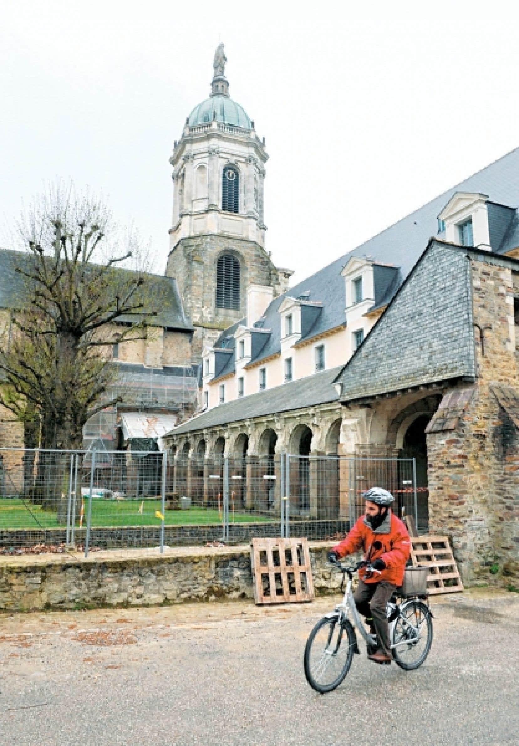 À une centaine de kilomètres de Rennes (notre photo), la Communauté de communes du Pays de Questembert privilégie la culture pour attirer des résidents.<br />