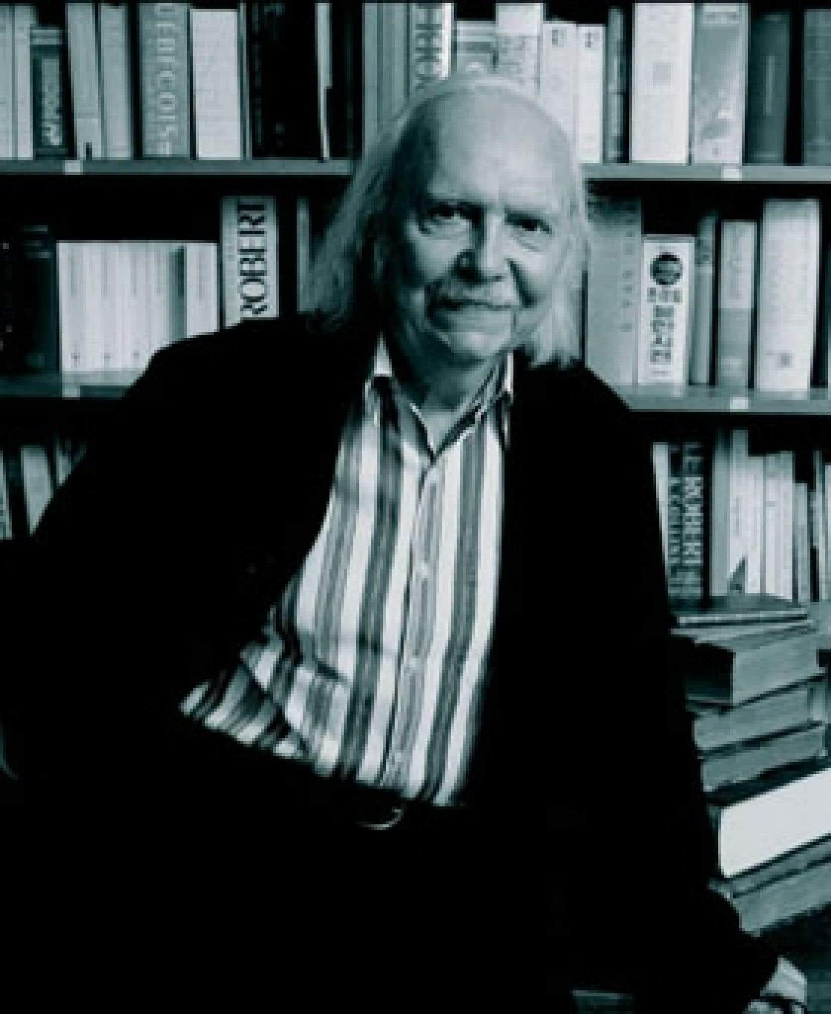 «Les Français devraient davantage lire des ouvrages québécois, les Québécois, des livres martiniquais, les Belges, la littérature africaine», soutient Alain Rey, rédacteur en chef des Éditions Le Robert.