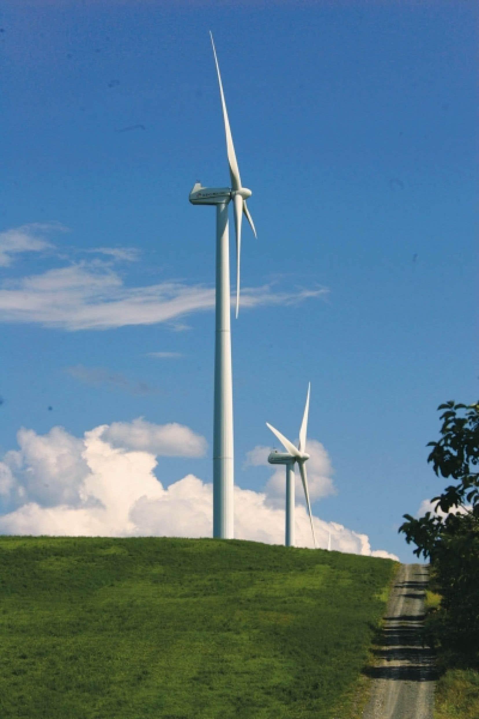 La hausse des tarifs d'Hydro-Québec est notamment causée par les projets d'installations d'éoliennes dont la société d'État devra acheter la production.