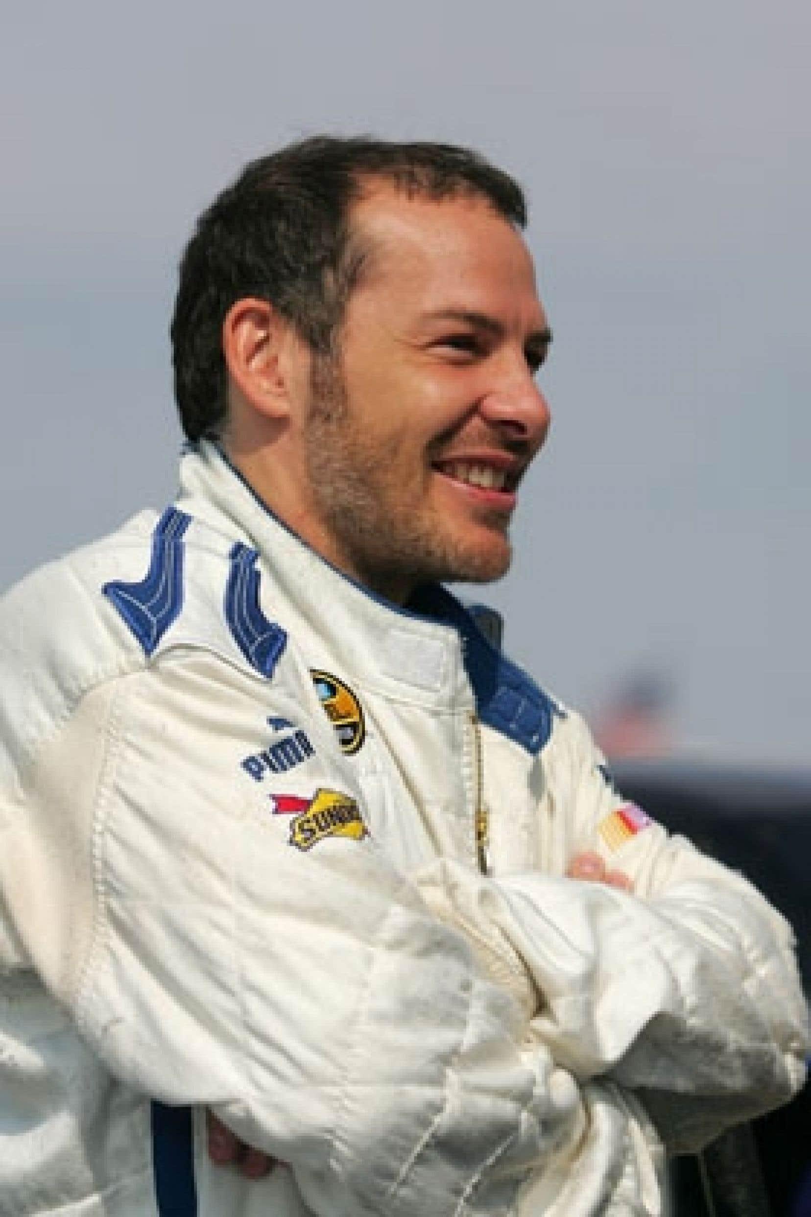 L'écurie Peugeot a confirmé vendredi dernier que Jacques Villeneuve fera partie de ses pilotes en vue des 24 Heures du Mans, en juin.