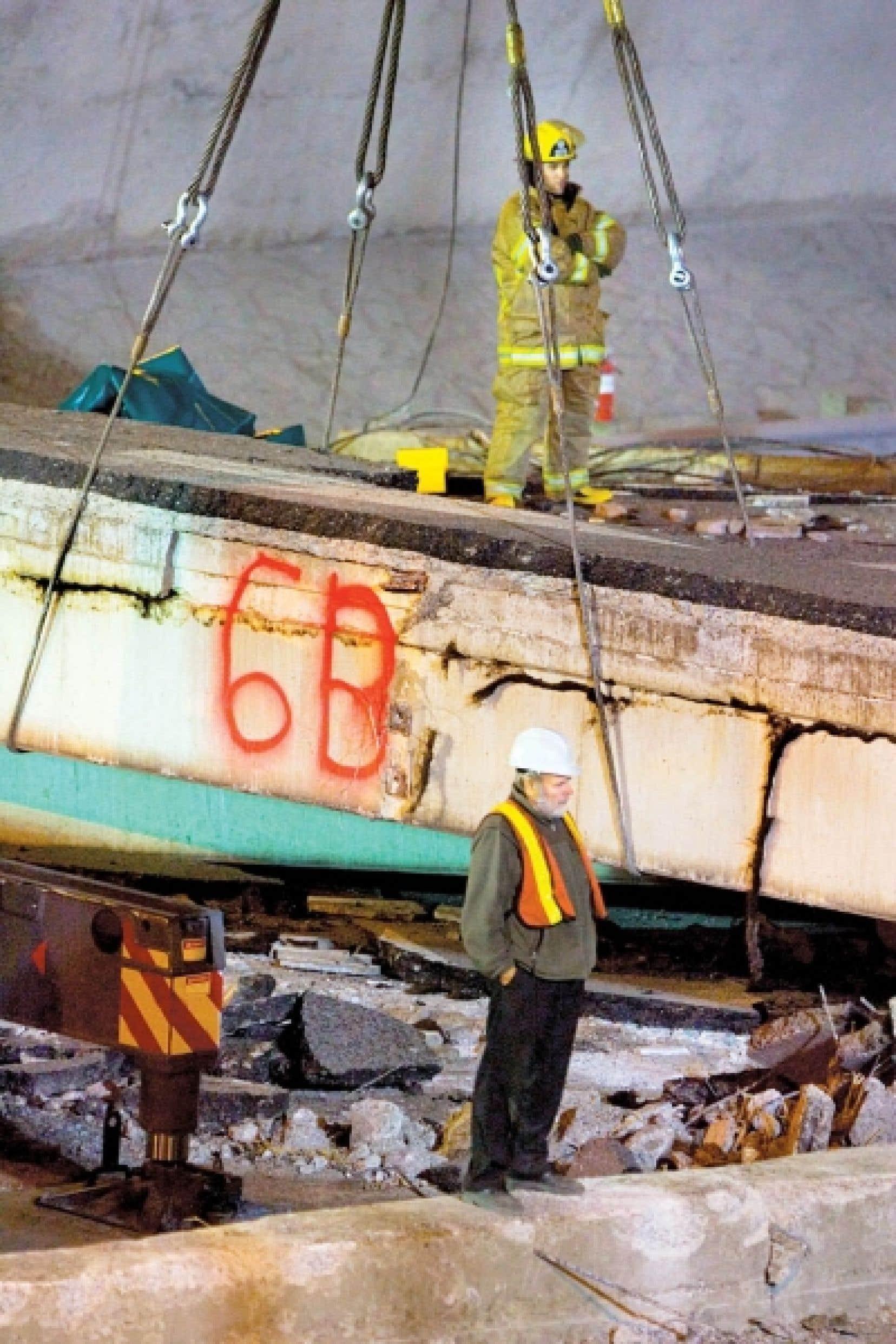 L'effondrement du viaduc de la Concorde, en septembre 2006, a fait cinq victimes.<br />