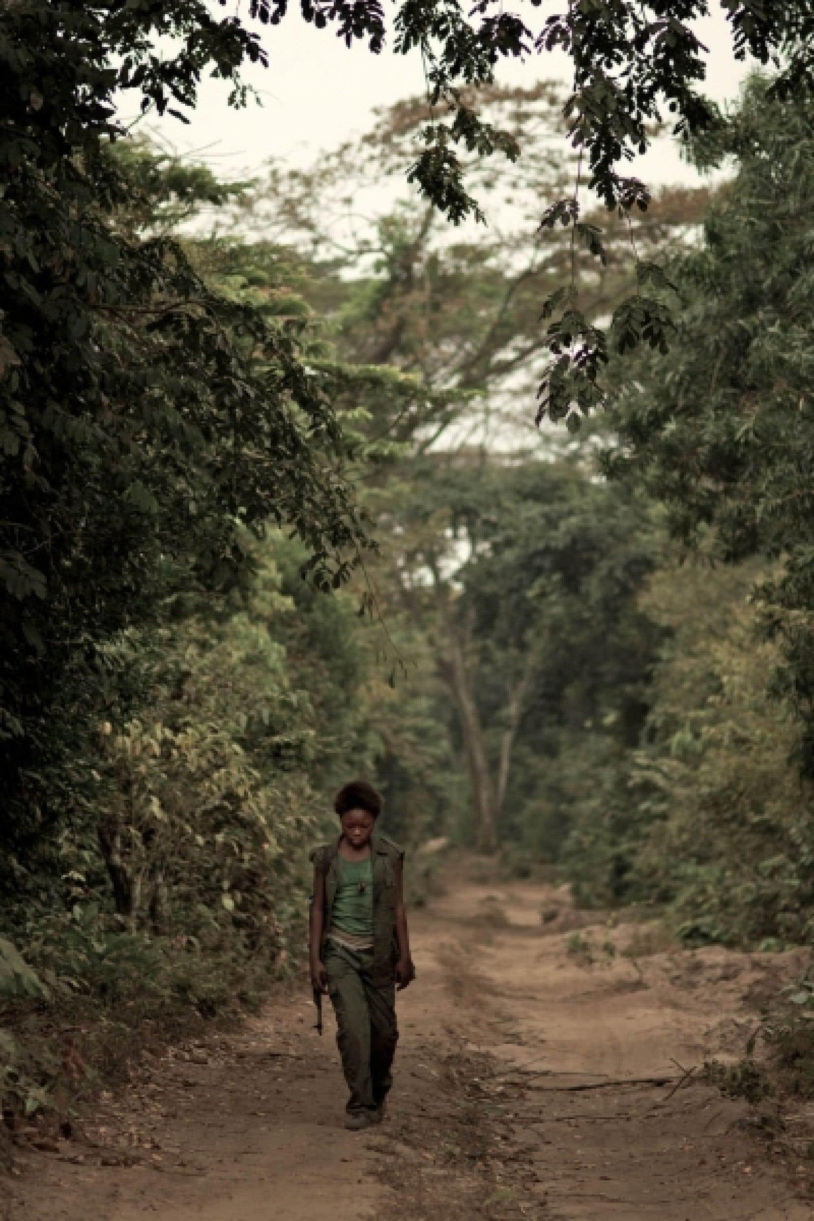 <div> Rachel Mwanza vit son rôle sans jamais le jouer, ajoutant au naturel du film.</div>