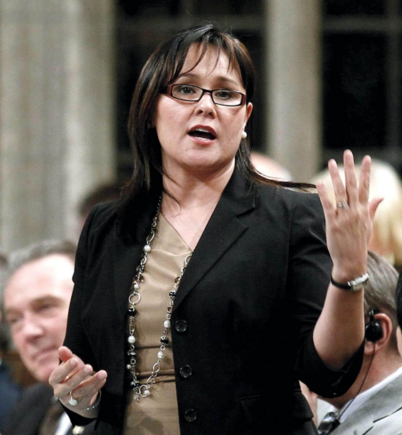 <div> La ministre de la Sant&eacute;, Leona Aglukkaq</div>