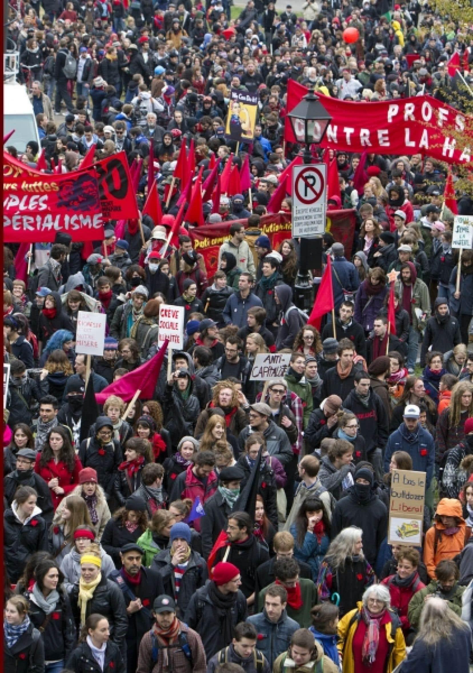 L'entente de la fin de semaine entre le gouvernement et les associations étudiantes est survenue après des semaines de grèves étudiantes et de manifestations.