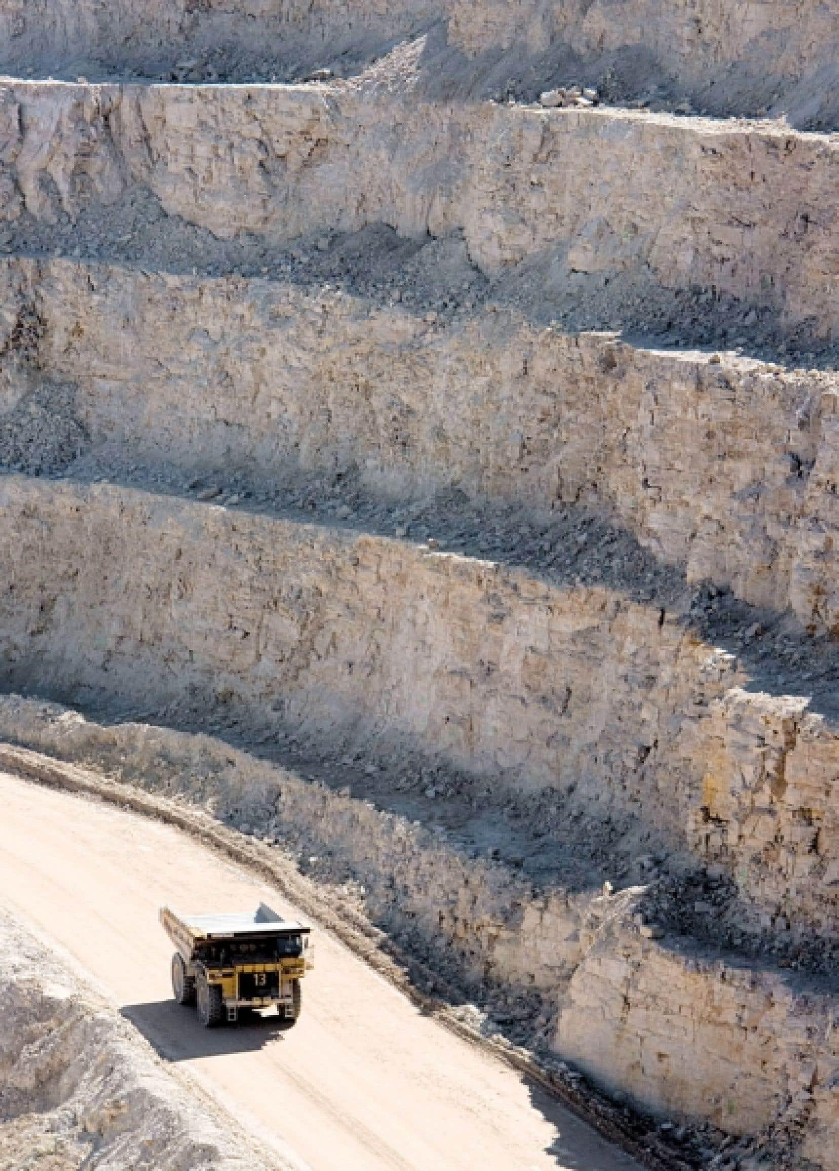 La gestion des ressources minières est complexe et elle ne peut se limiter à la question des redevances.