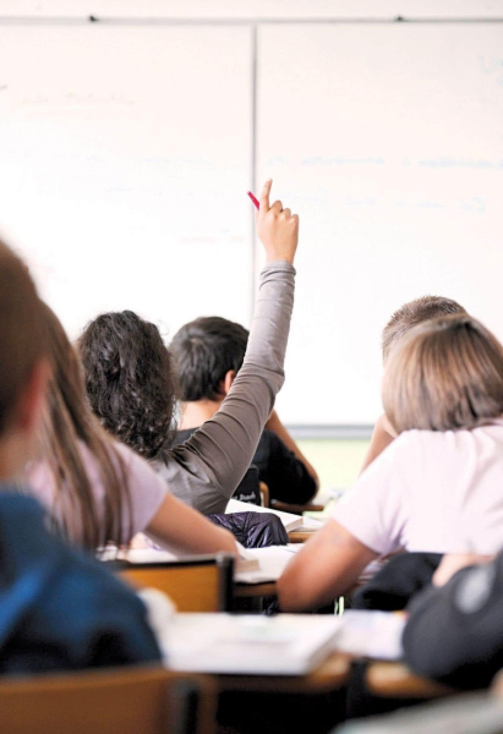 Un élève qui a besoin d'un soutien appuyé peut se retrouver dépassé d'un point de vue scolaire dans un groupe de 32 élèves.