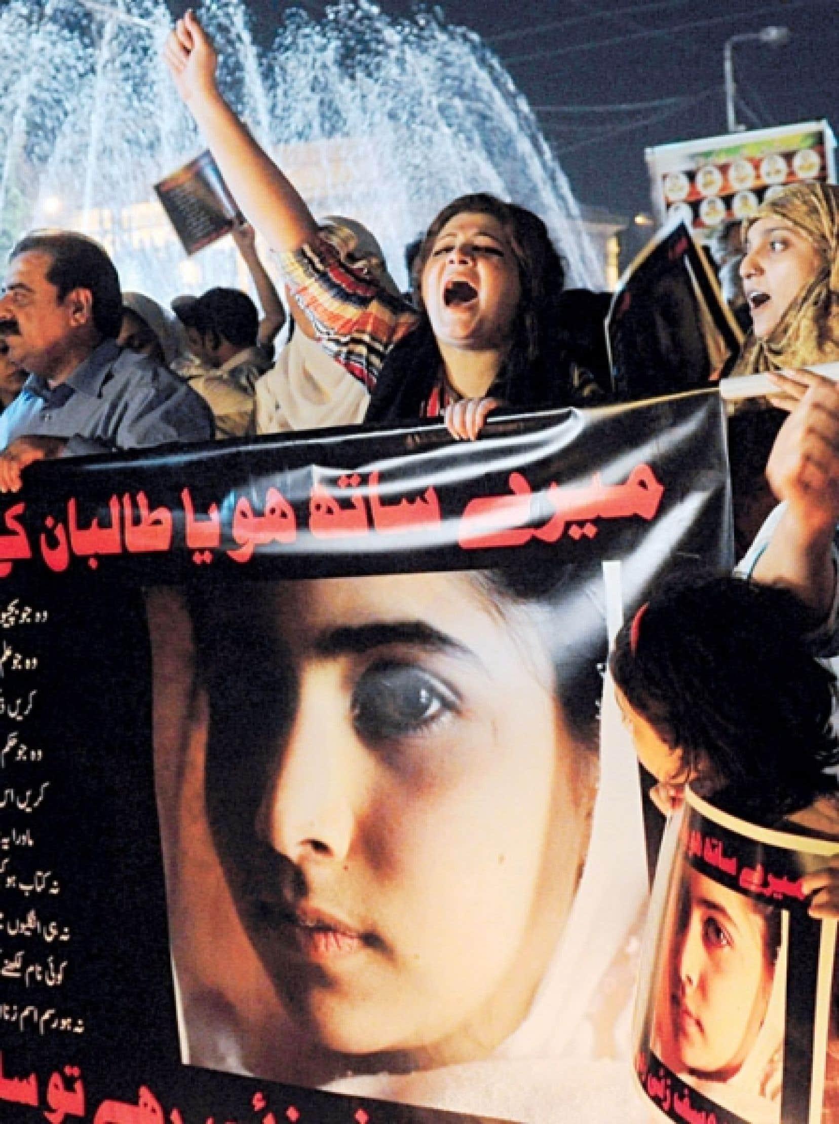 Des Pakistanaises ont manifesté leur dégoût mercredi à Lahore.