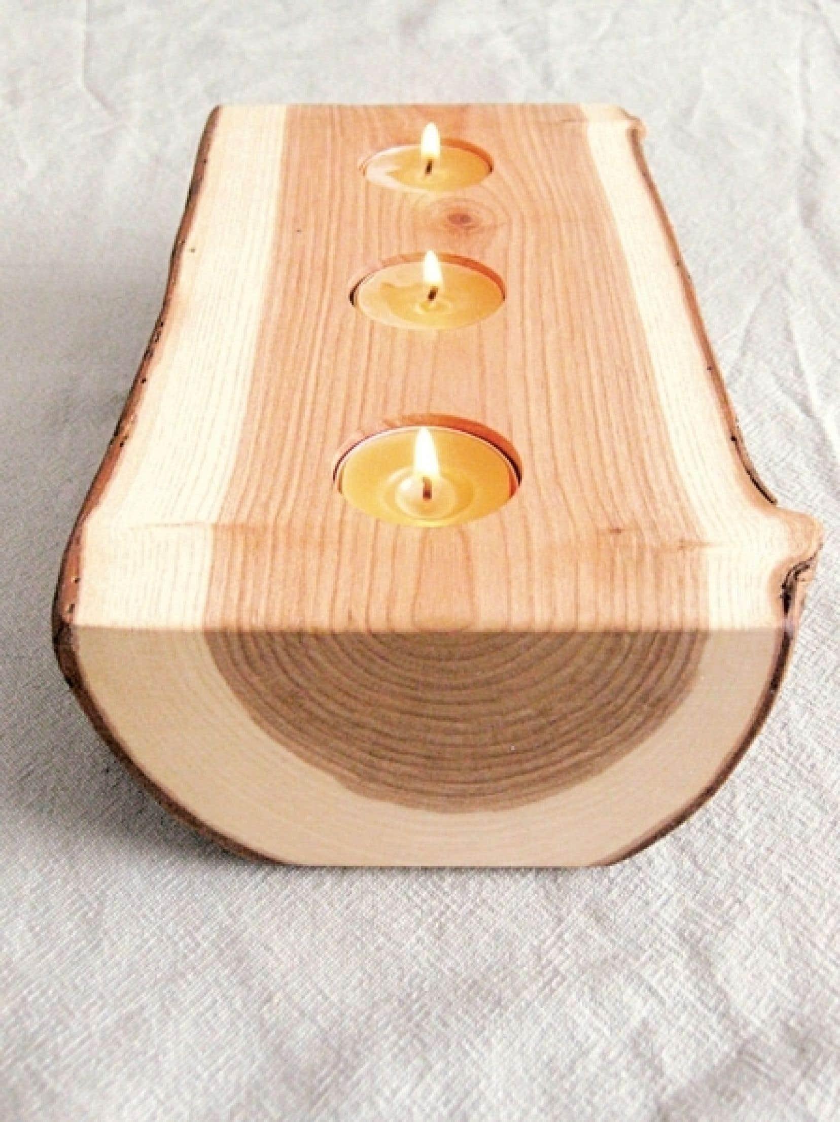 Bougie-bois de Blisscraft&Brazen (bois récupéré, frêne)