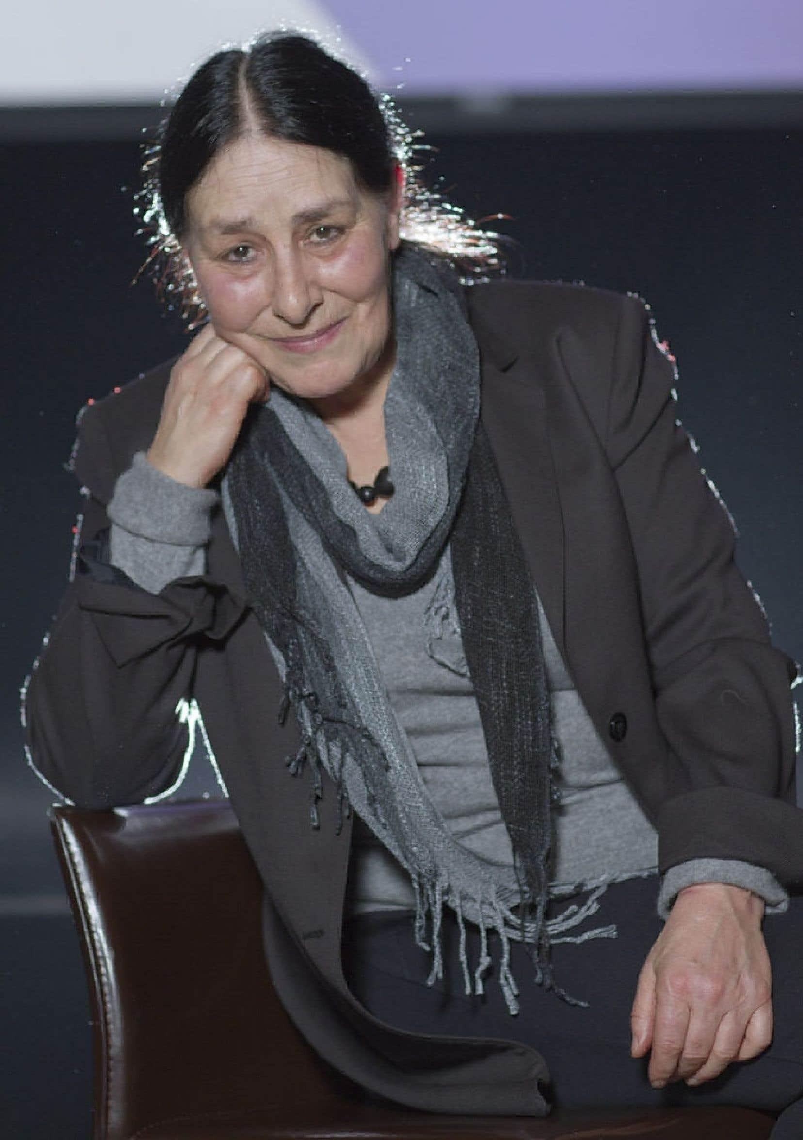 Les prix, la pionnière du théâtre jeunesse Suzanne Lebeau les collectionne depuis qu'elle a fondé la compagnie Le Carrousel avec son complice Gervais Gaudreault en 1975.