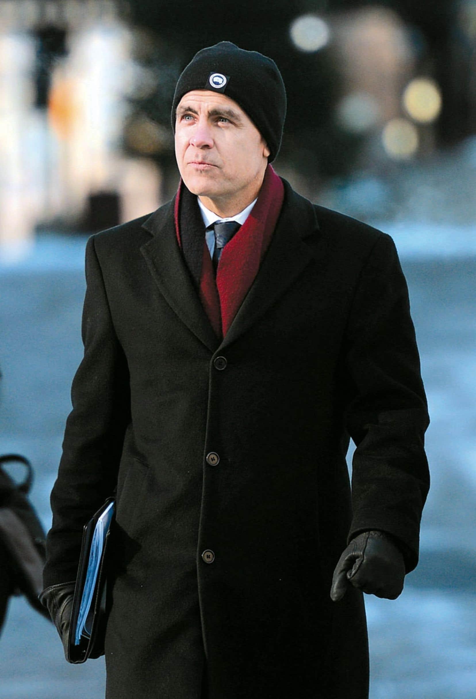 Le gouverneur de la Banque du Canada a affronté un froid polaire pour annoncer qu'une hausse des taux d'intérêt à court terme est improbable.