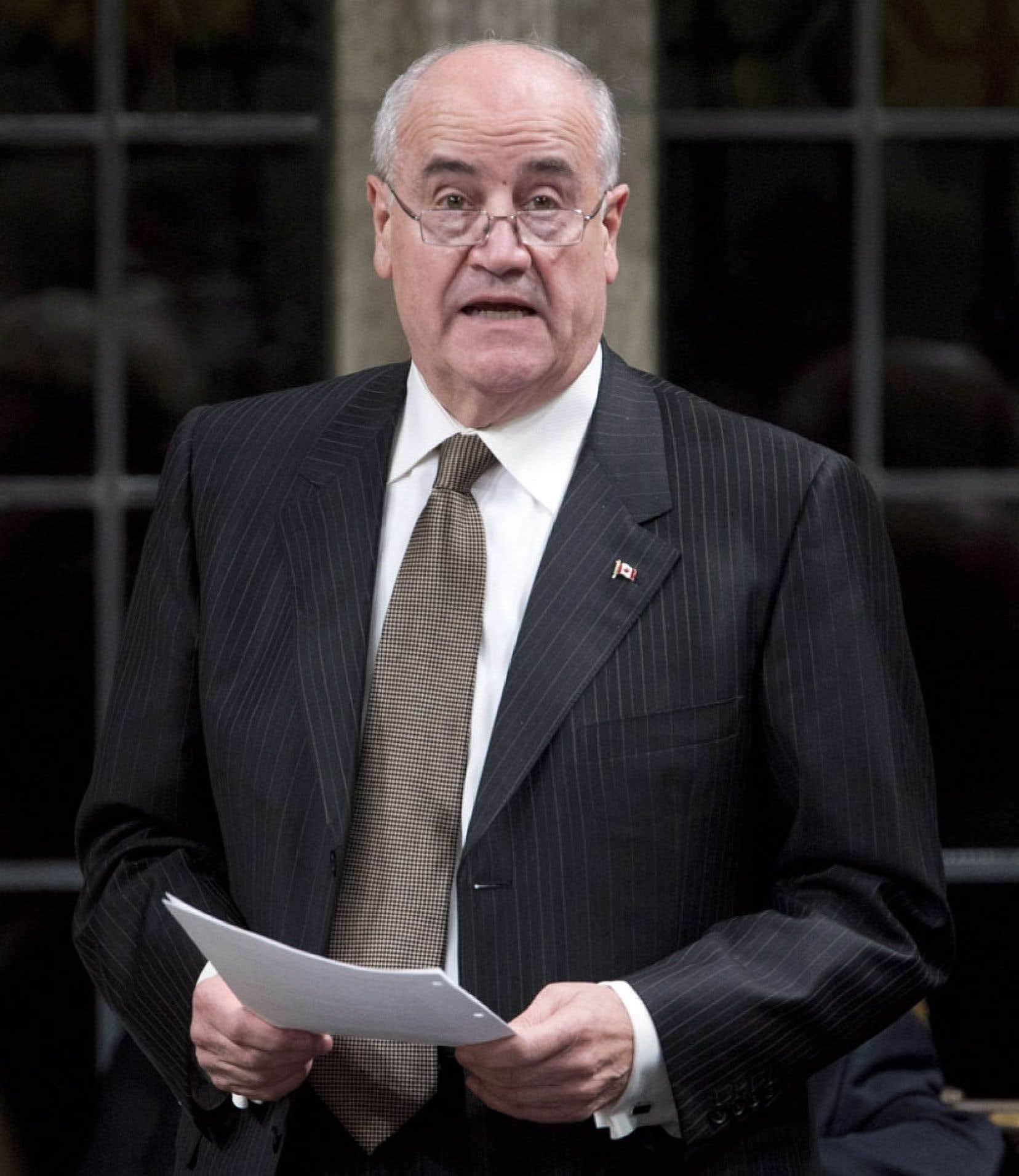 Le ministre de la Coopération internationale Julian Fantino