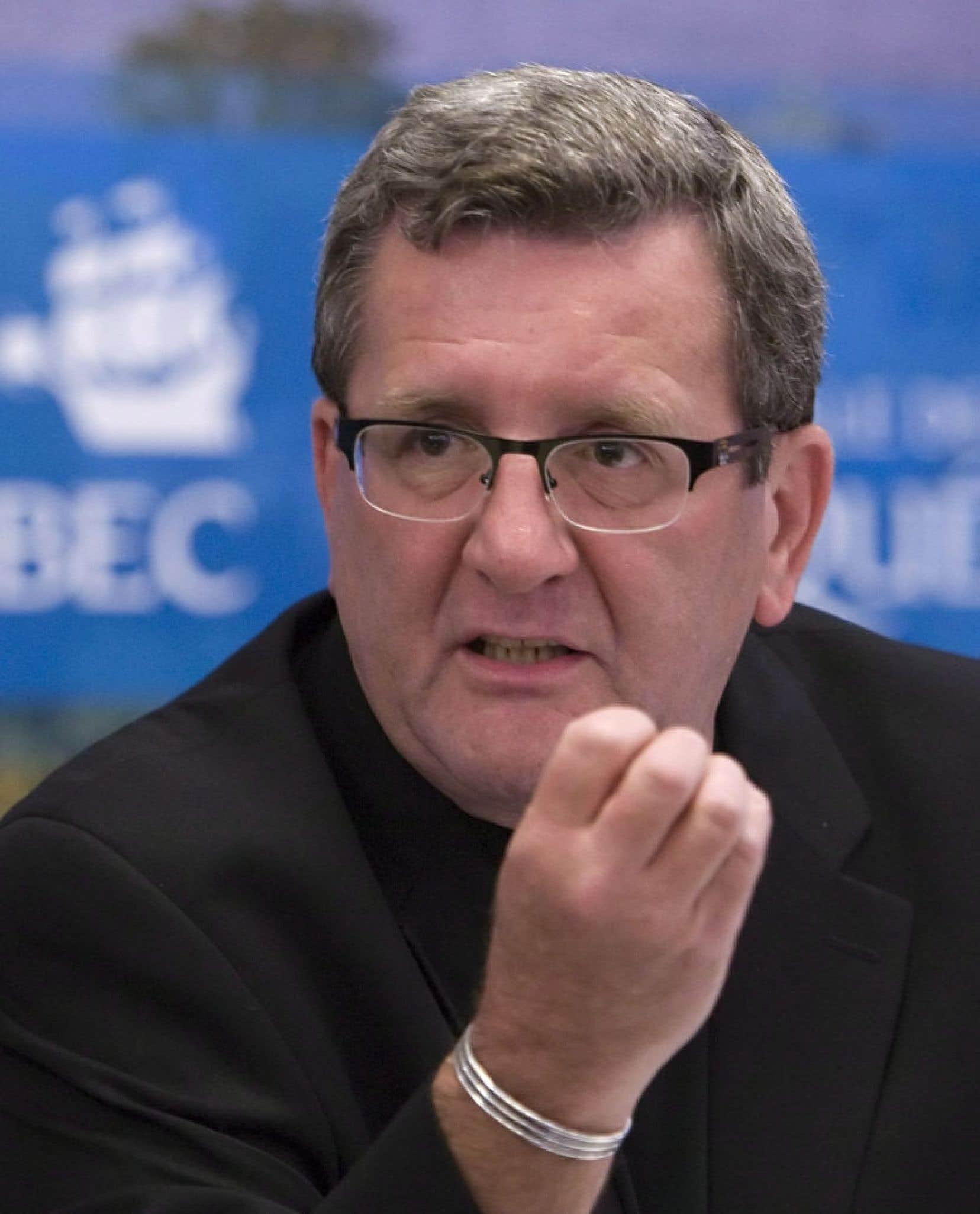 Le maire de Québec, Régis Labeaume, s'est félicité d'avoir obtenu une soumission recevable à un prix inférieur à l'estimation des coûts de la Ville (48,1 millions).