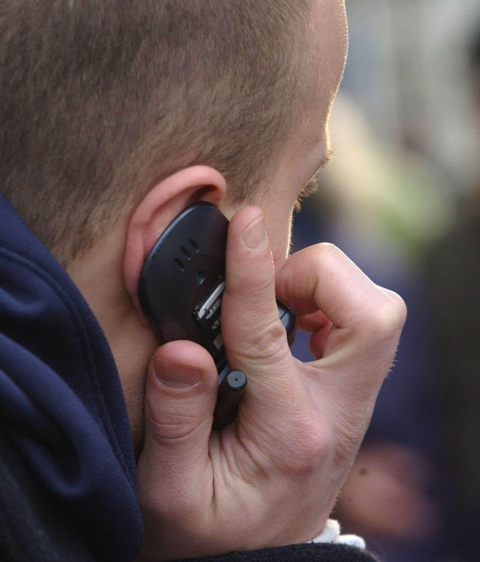 Les données transmises comprennent les numéros de téléphone impliqués et la durée de l'appel, mais non la teneur des conversations.