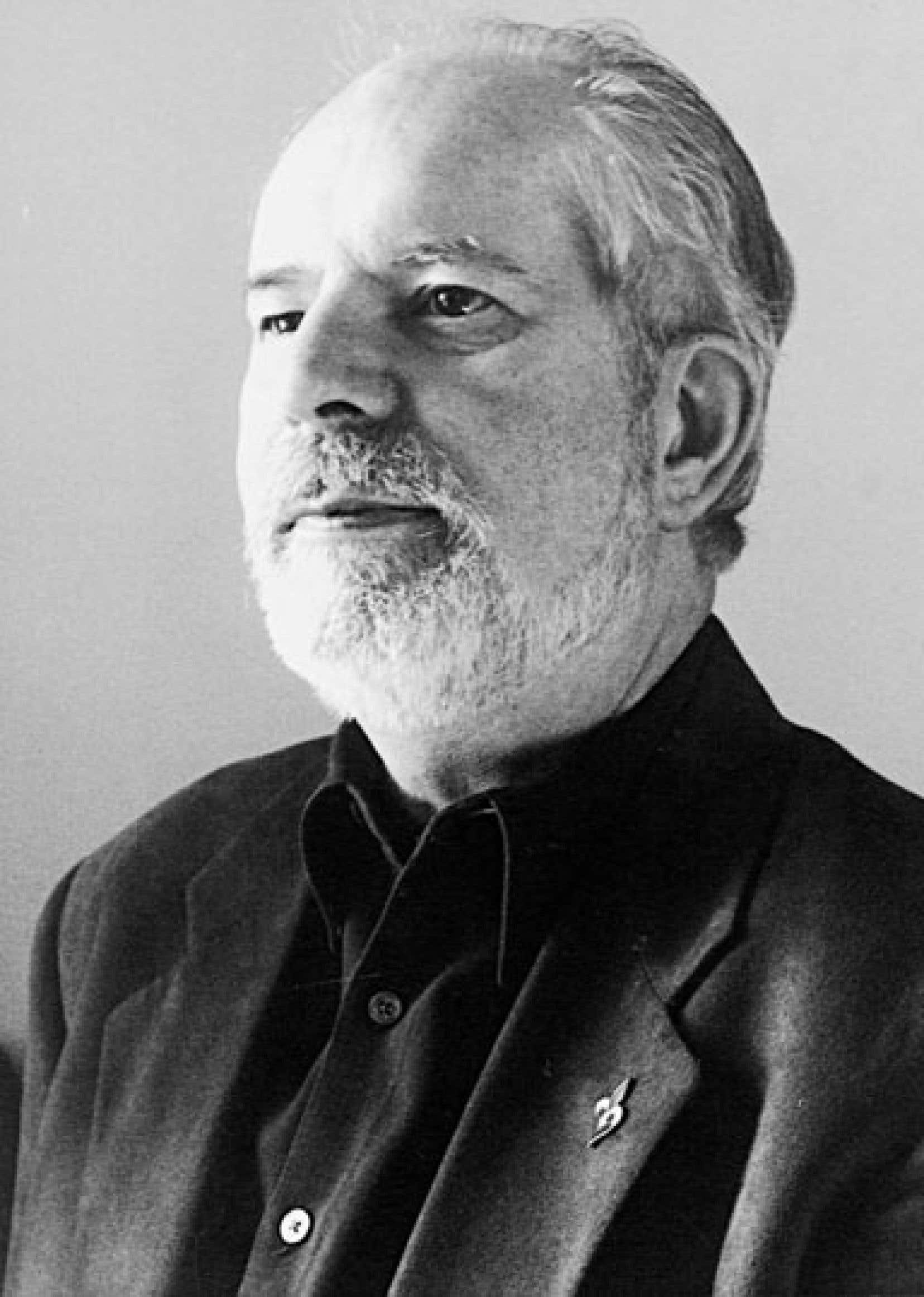 Alors qu'il était journaliste culturel, Jean Royer a consacré l'essentiel de ses énergies à faire connaître la poésie et les poètes québécois.