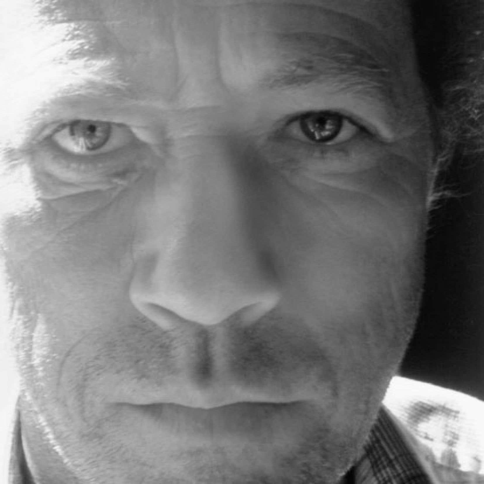 Le poète Yves Boisvert est décédé en décembre dernier, à l'âge de 62 ans. Dans Une saison en paroisses mauriciennes, son ultime recueil posthume, on le retrouve aussi puissant.
