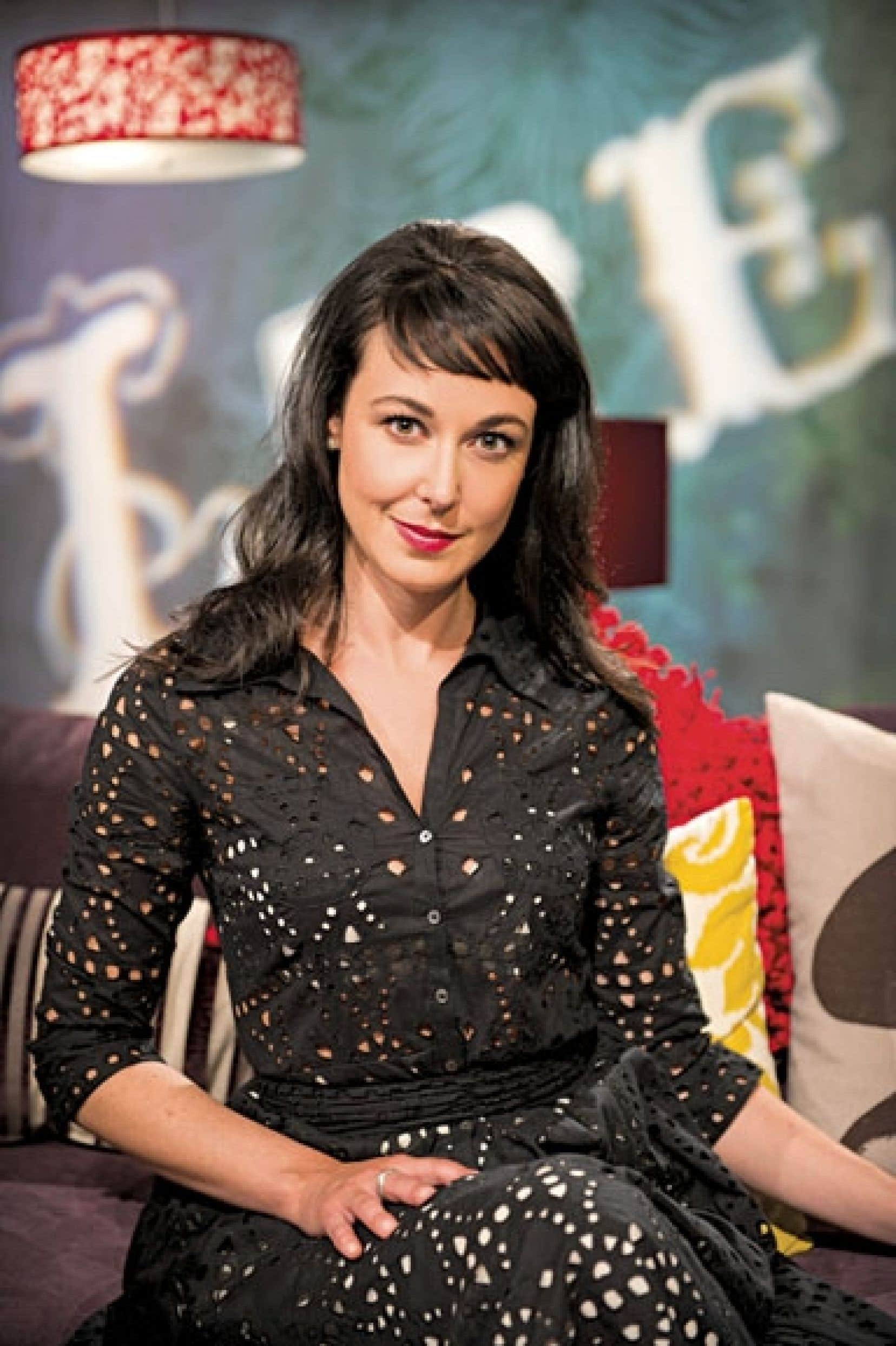Lire, le magazine littéraire animé par Claudia Larochelle, revient à ARTV.