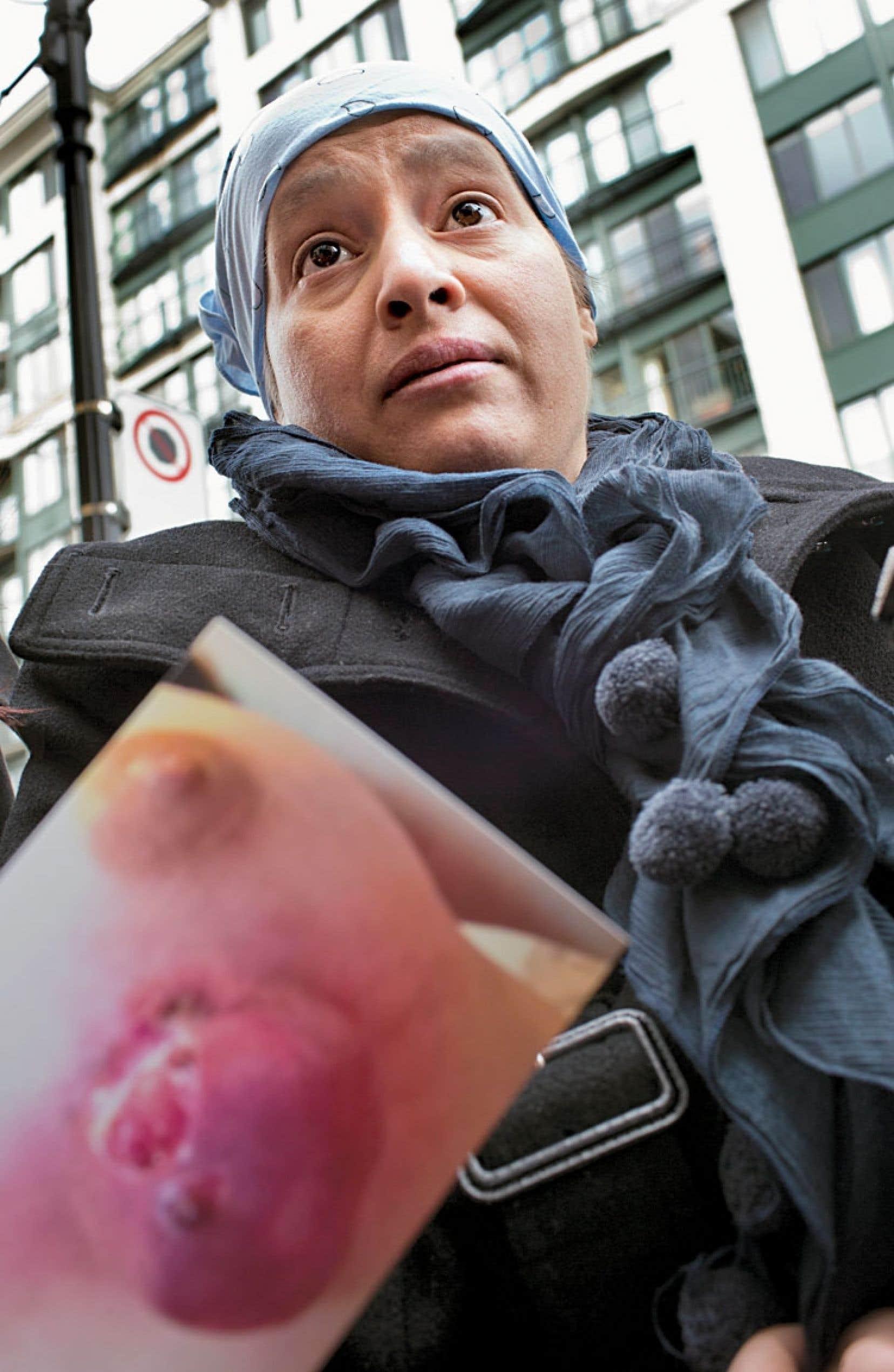 Ouacila Djemai est née en Algérie il y a 35 ans. Elle a émigré à Montréal en 2011.
