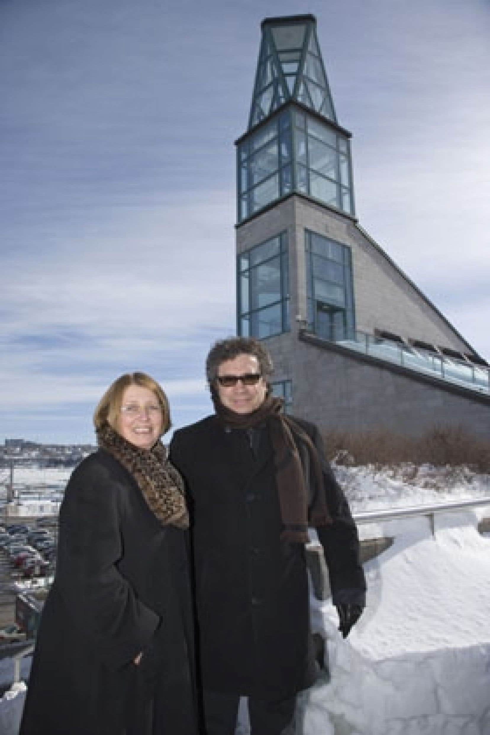 Le directrice générale du Musée de la civilisation, Claire Simard, a annoncé hier que Franco Dragone assumera la direction artistique d'un projet sur le site du Musée à Québec pour souligner le 400e anniversaire de la ville et les 20 ans de l'