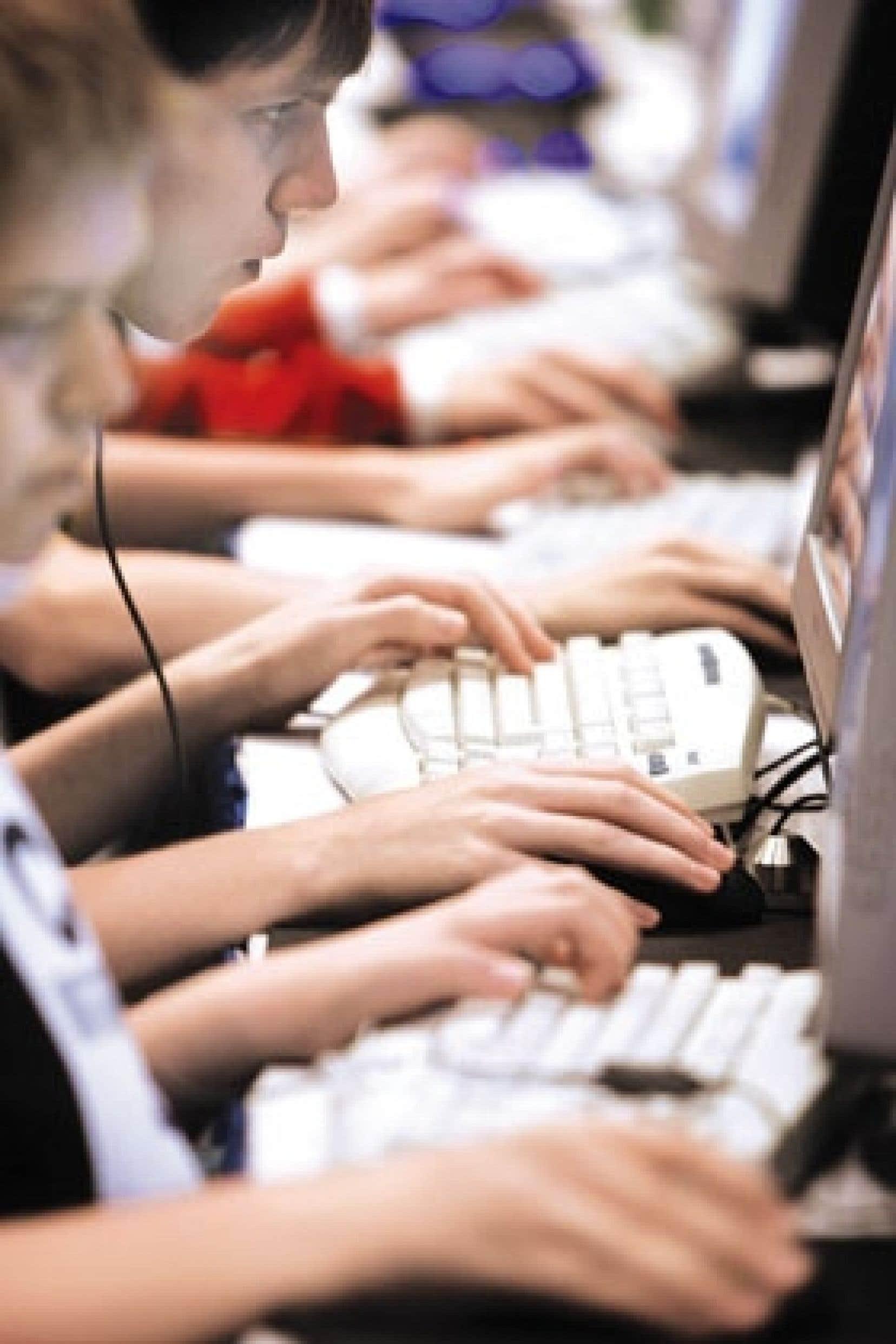 Selon les données publiées hier par le CEFRIO, Internet a conquis 140 000 nouveaux adeptes au Québec en 2006.