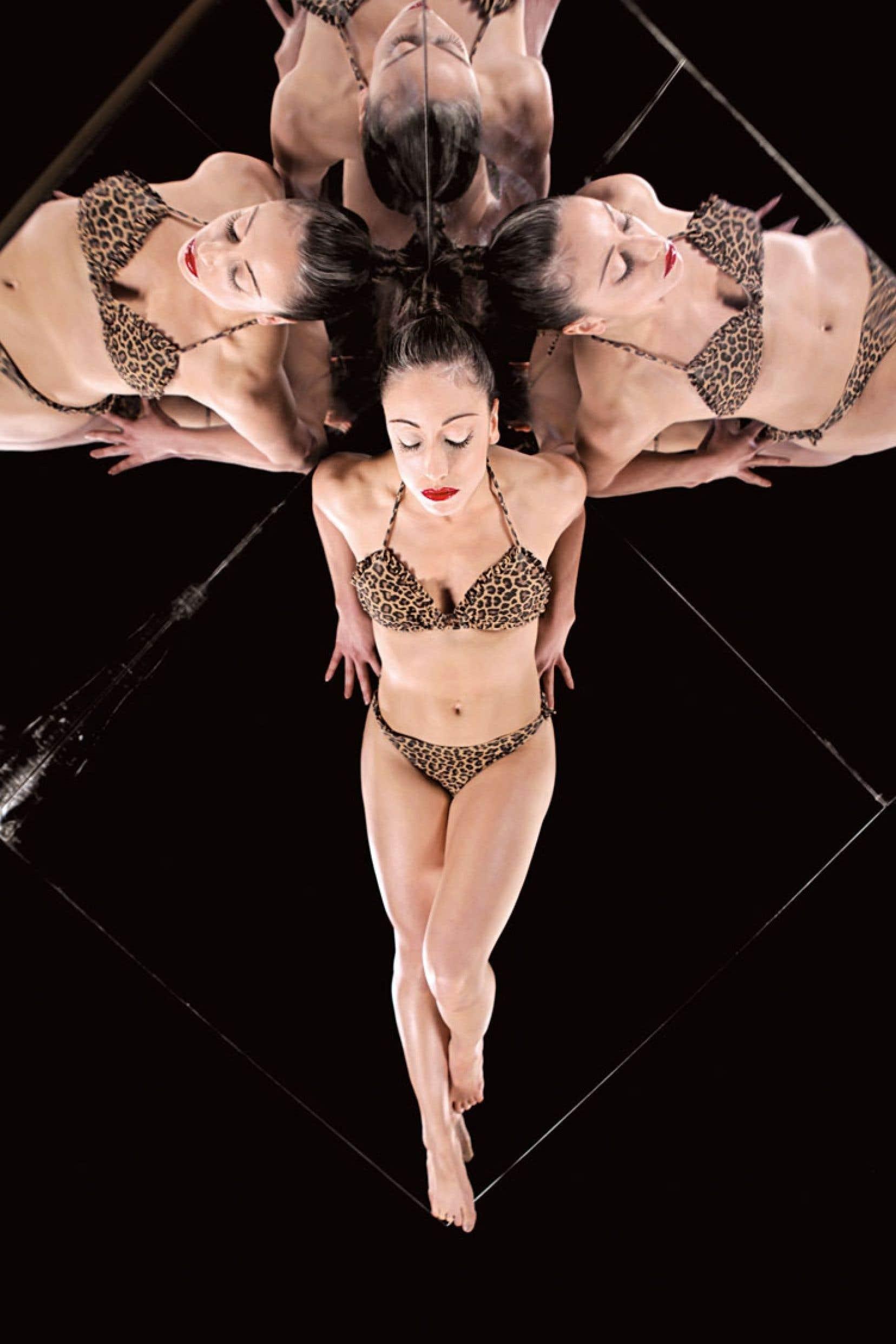 À partir de son solo Miss (encore en cours de création), Jade Marquis démonte le mythe alimenté par la scène pop mondiale selon lequel le corps sexualisé sur scène est source d'empowerment.