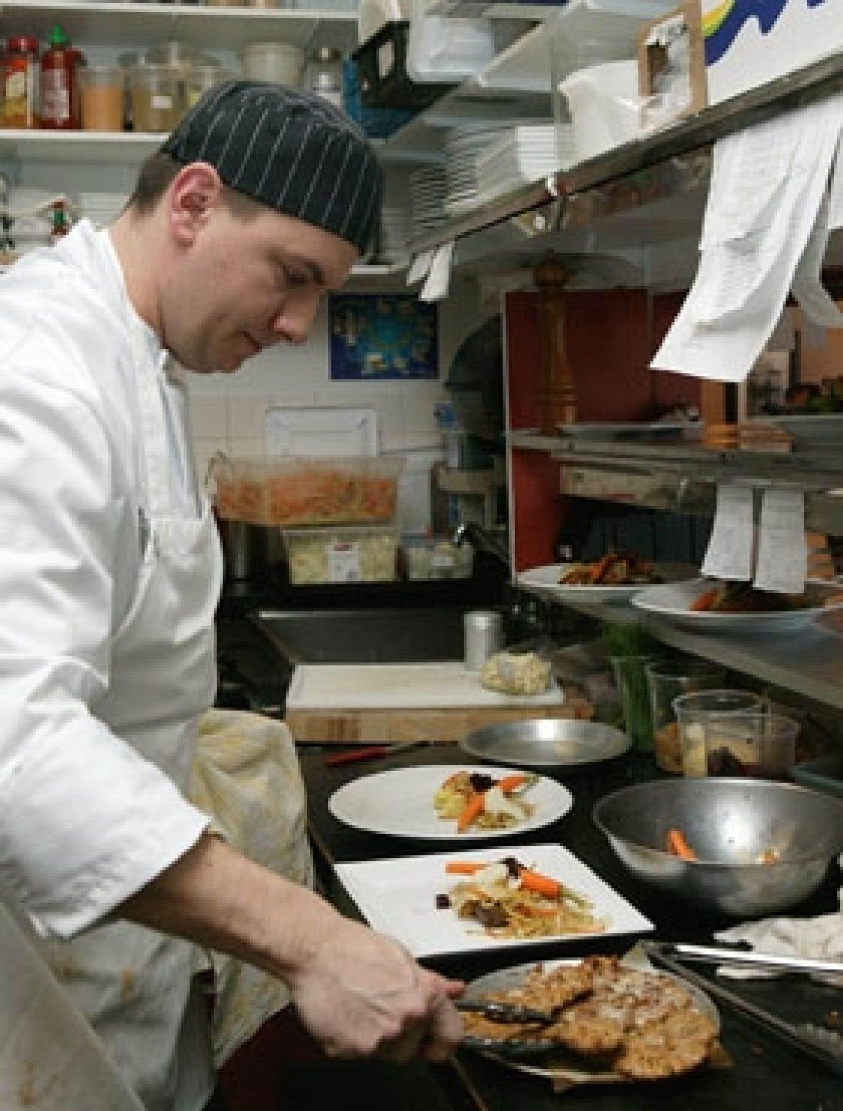 Le chef du restaurant Les Copains gourmands dans le Vieux-Longueuil, Jean-François Hogue.