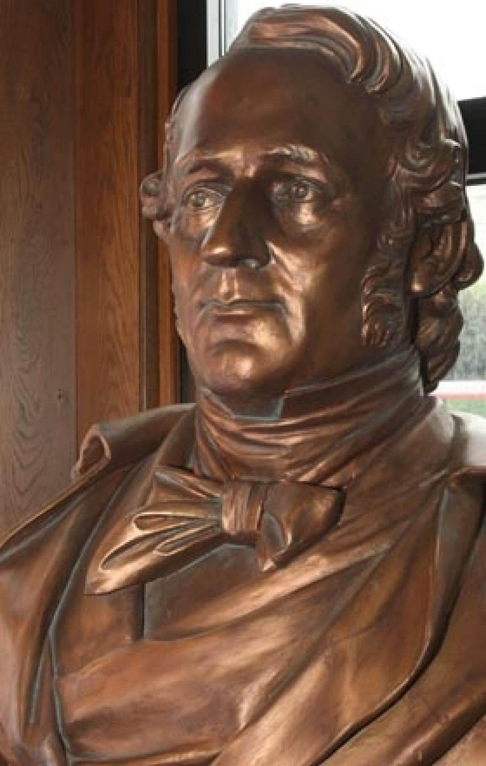 Buste de Ludger Duvernay, premier président de la Société Saint-Jean-Baptiste