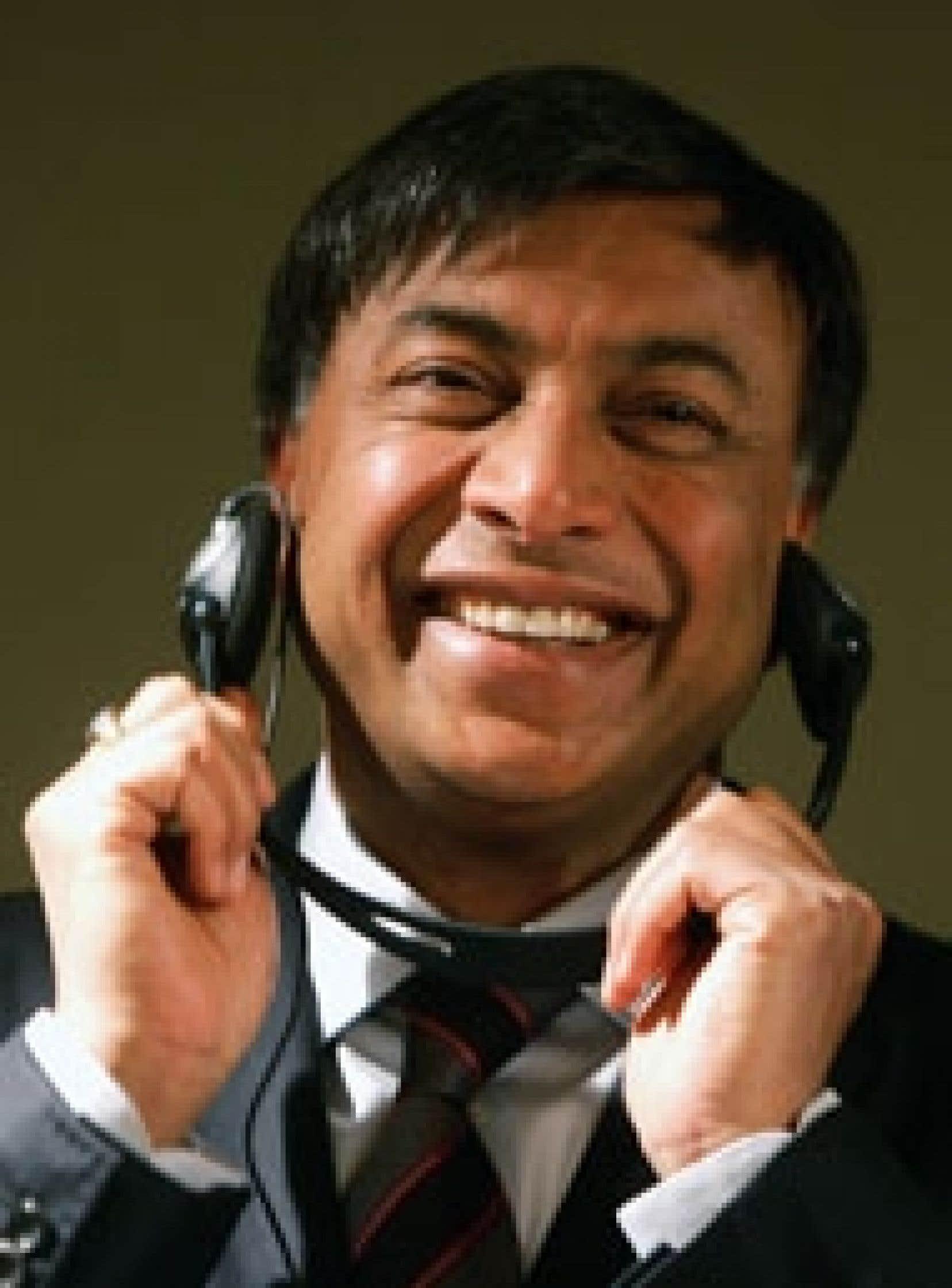 Le richissime homme d'affaires indien Lakshmi Mittal conduit depuis une semaine une campagne de charme dans toute l'Europe pour convaincre actionnaires et responsables politiques du bien-fondé de son attaque sur Arcelor.