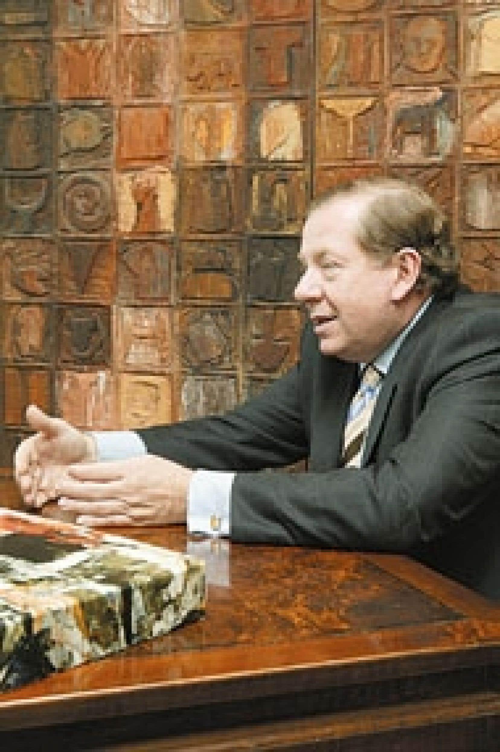 Bernard Poulin est à la tête du Groupe S.M., qui compte 600 employés, totalise des revenus de 100 millions et rayonne dans plus de 20 pays. Âgé de 54 ans, M. Poulin est convaincu qu'il vaut mieux travailler le plus longtemps possible, mais en s'