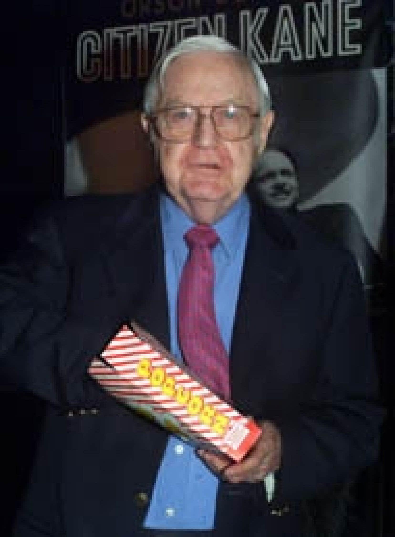 Cette photo d'archives montre Robert Wise pendant qu'il assistait à la sortie DVD du film Citizen Kane, à Hollywood en septembre 2001.