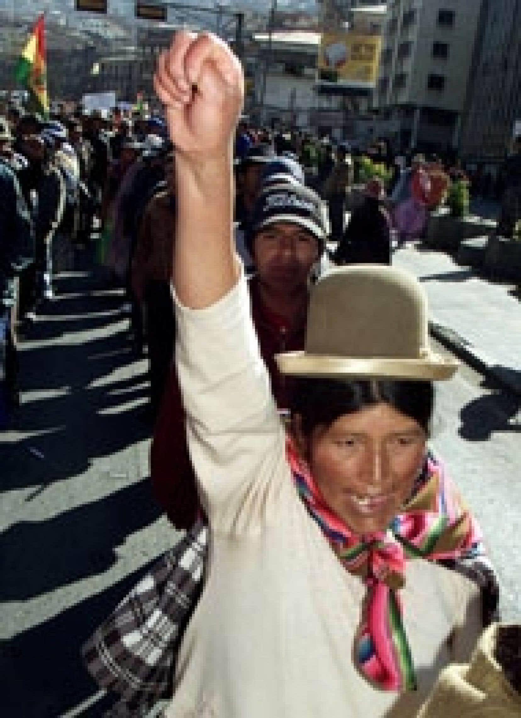 La journée a été calme, hier à La Paz, après l'annonce du président Mesa.
