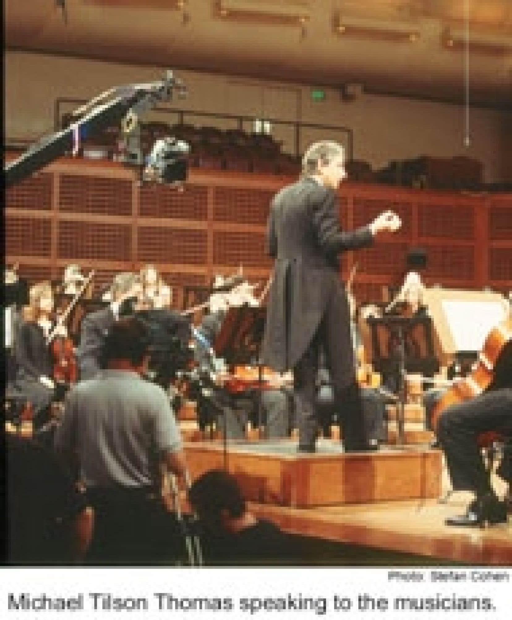Le chef Michael Tilson Thomas filmé lors d'une répétition avec les musiciens de l'Orchestre symphonique de San Francisco. Source: Stefan Cohen