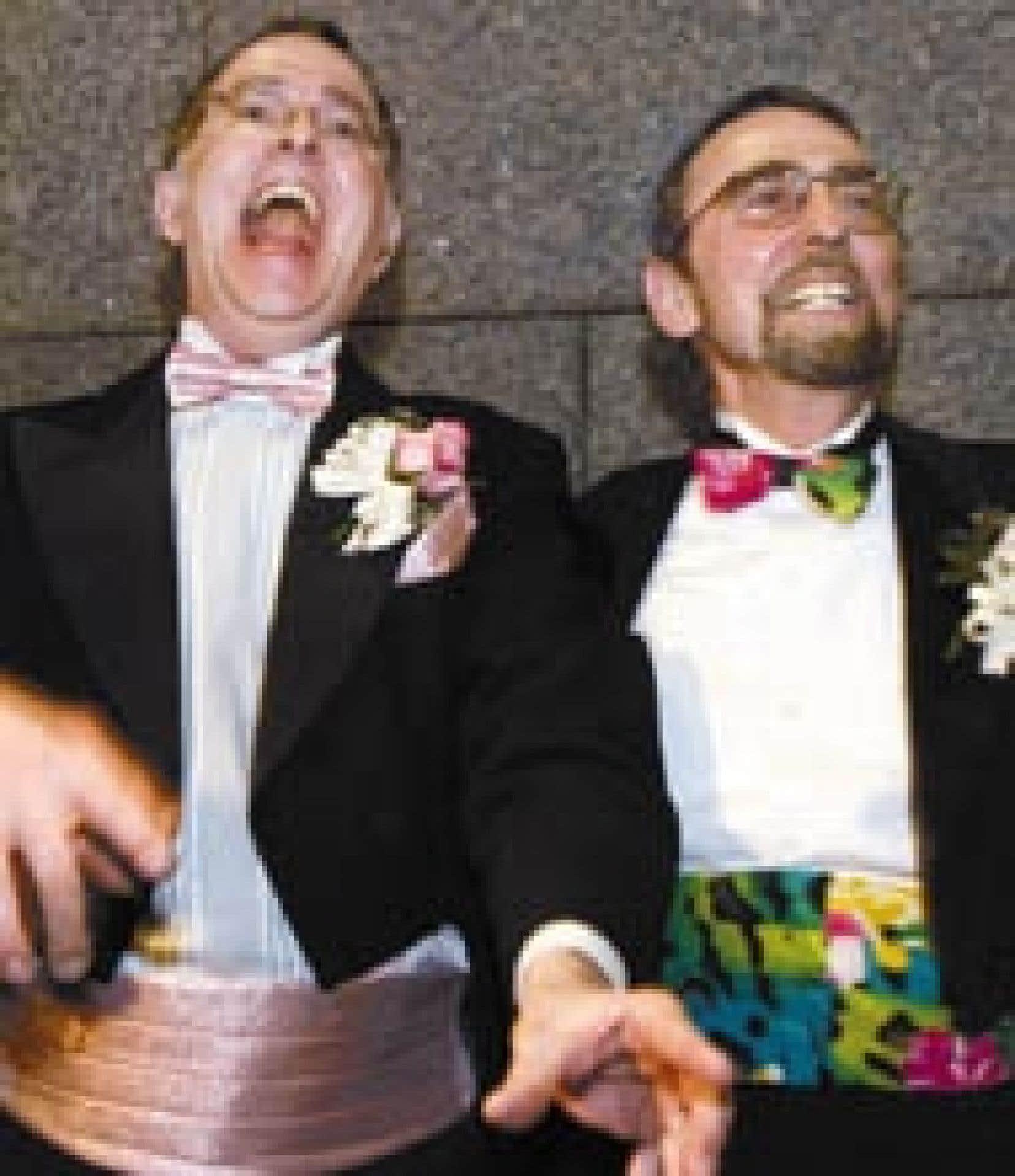 René Leboeuf et Michael Hendricks sont mari et... mari depuis hier, étant les premiers gais québécois à se prévaloir d'une récente décision de la cour pour s'épouser.