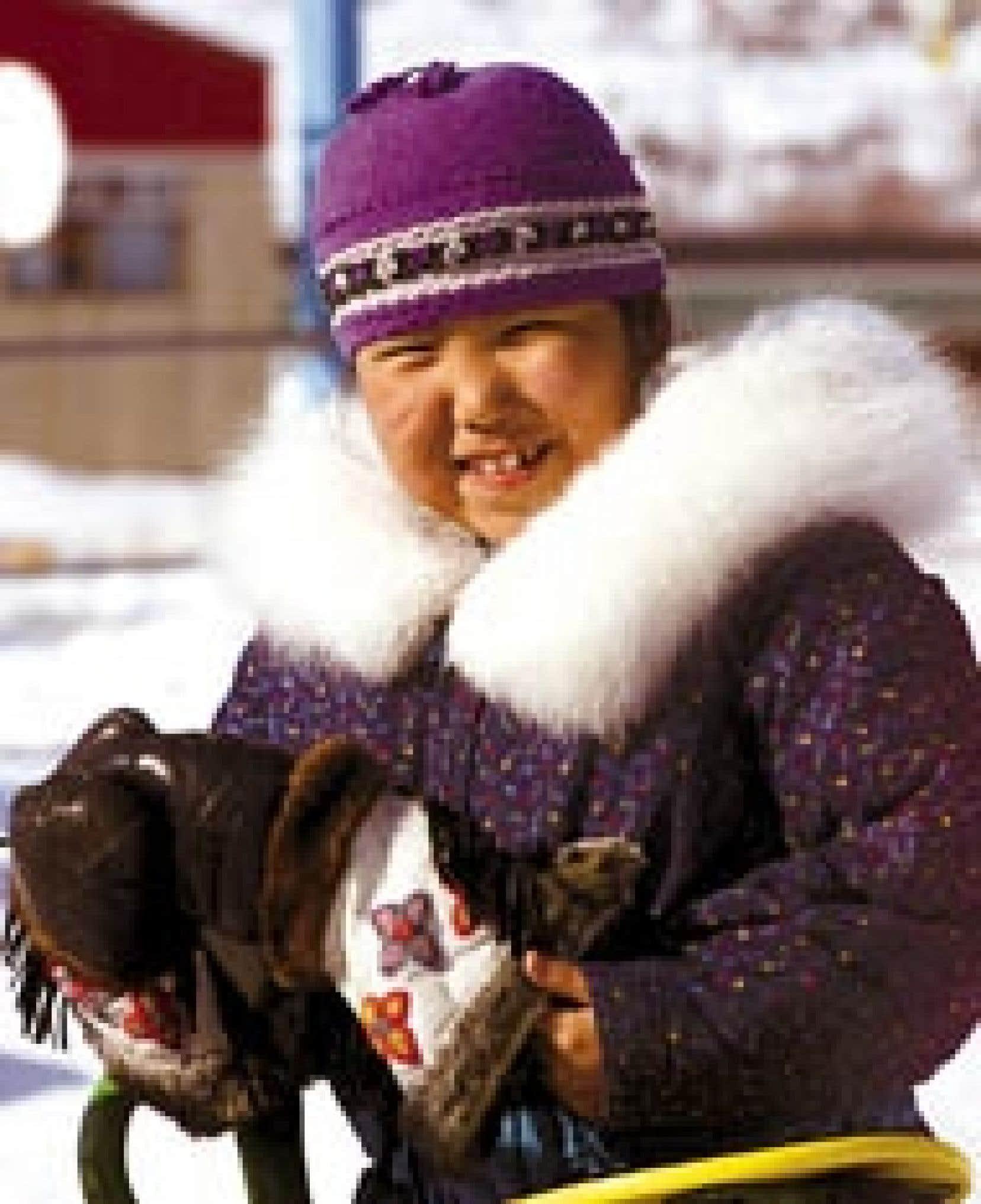 Jacques Boissinot Presse Canadienne - Une fillette de Kuujjuaq photographiée en avril 2002 à l'époque de la signature d'une grande entente de développement entre Québec et les Inuits. Un rapport fait état de sérieux problèmes de santé chez l