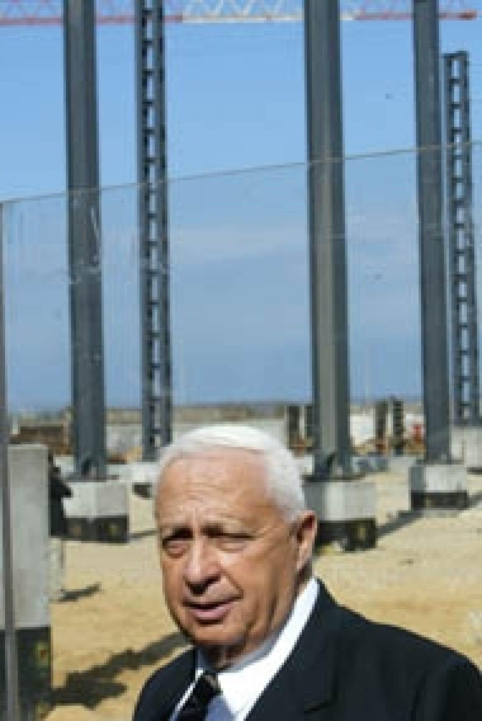 Le chef du gouvernement israélien a visité hier le chantier d'une usine de désalinisation à Ashkelon, dans le sud du pays.