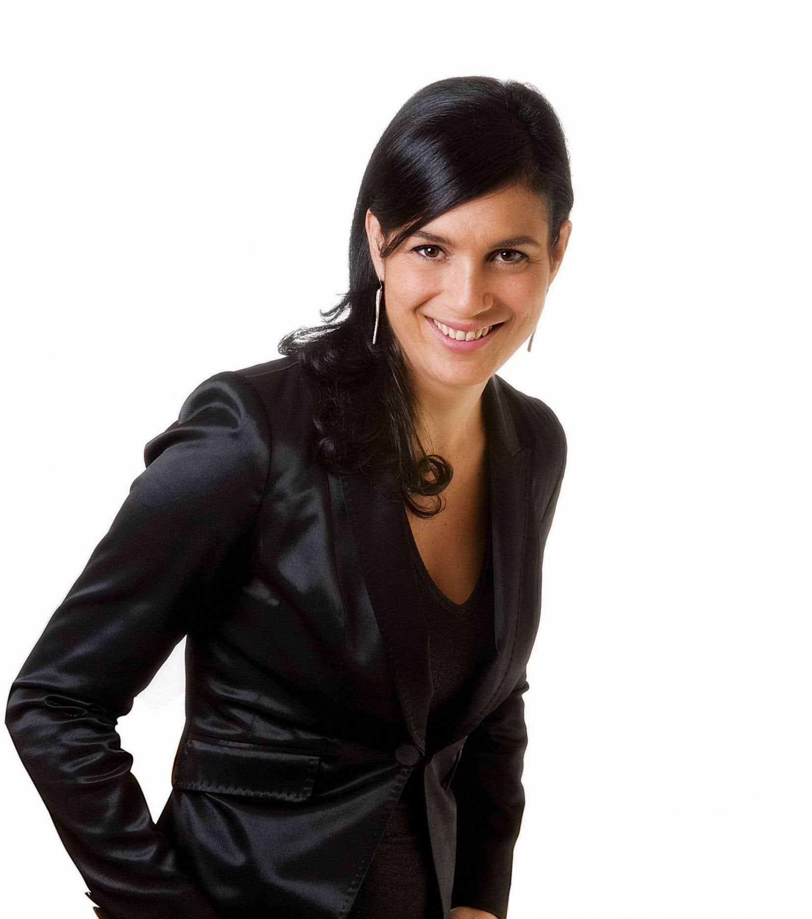 La première directrice générale de la grappe métropolitaine de l'industrie de la mode, Debbie Zakaib. MMode se veut le carrefour fédérateur de tous les intervenants du secteur. Ainsi parleront d'une voix unifiée les acteurs de ce milieu aux horizons très diversifiés.