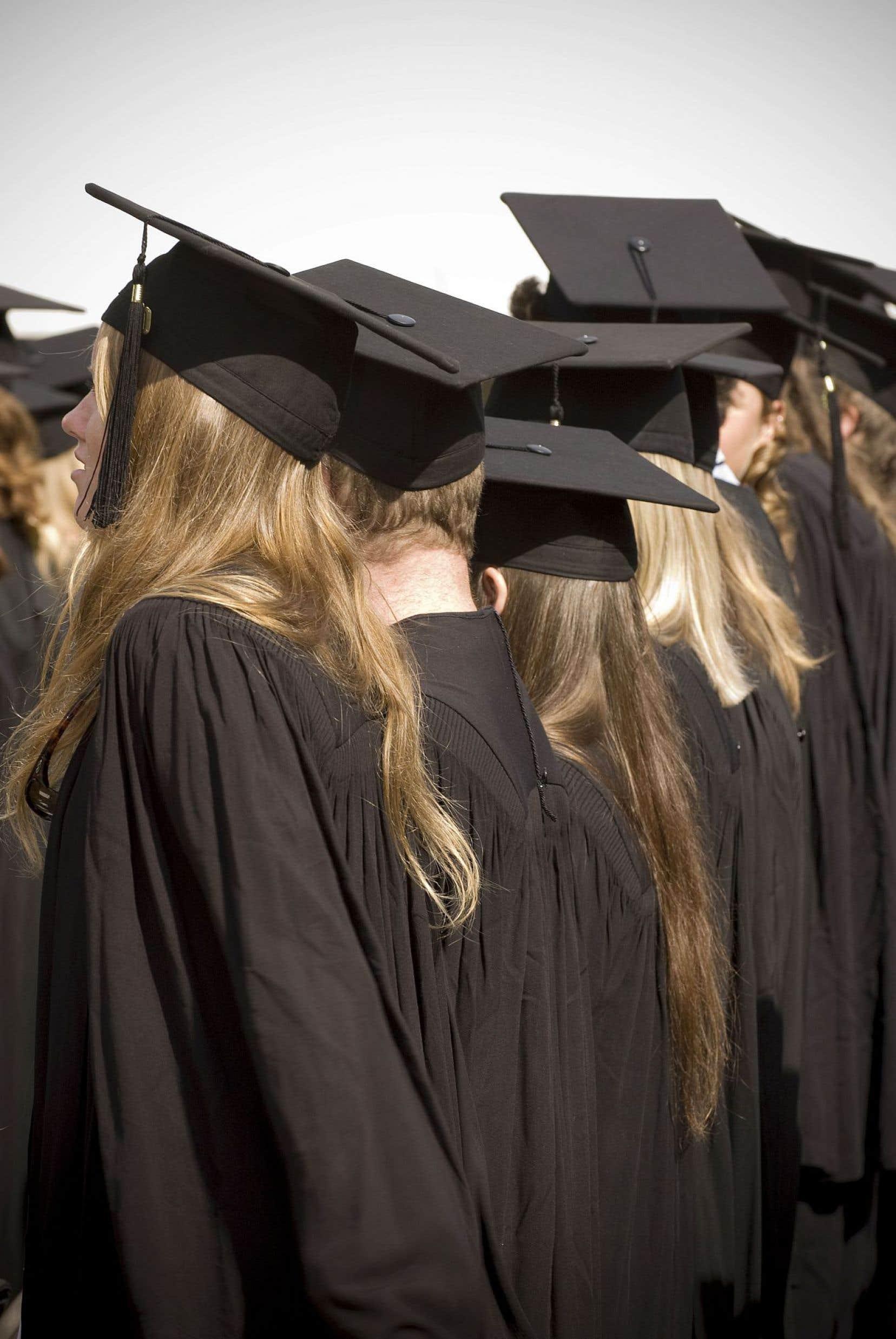 Le programme des Saisons de la Faculté des études supérieures et postdoctorales (FESP) aide les étudiants titulaires d'un doctorat à mieux faire face au monde du travail.