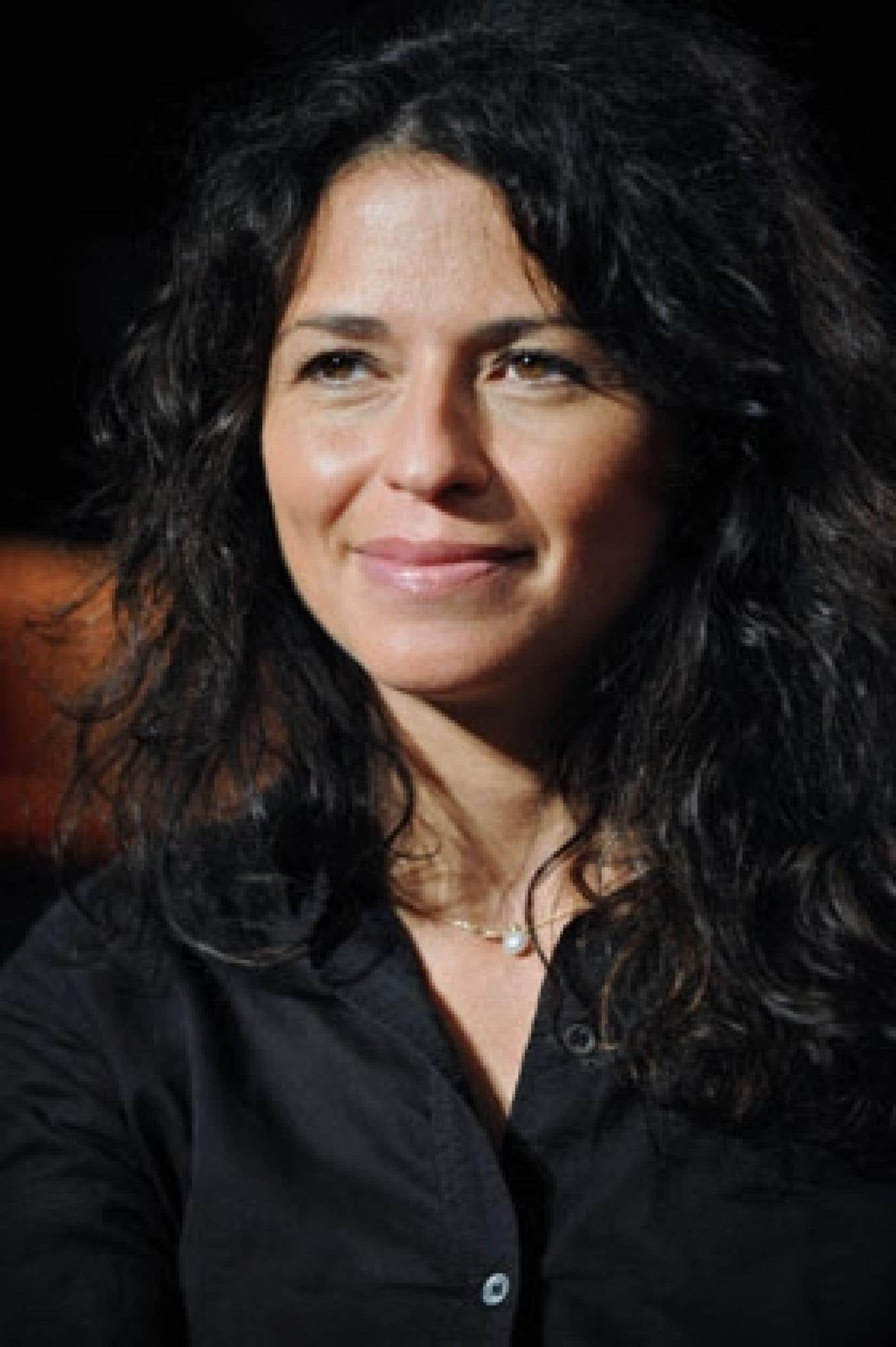 La Domination, de Karine Tuil, a fait la une de plusieurs revues et a été sélectionné par les lycéens et par le jury du Goncourt.