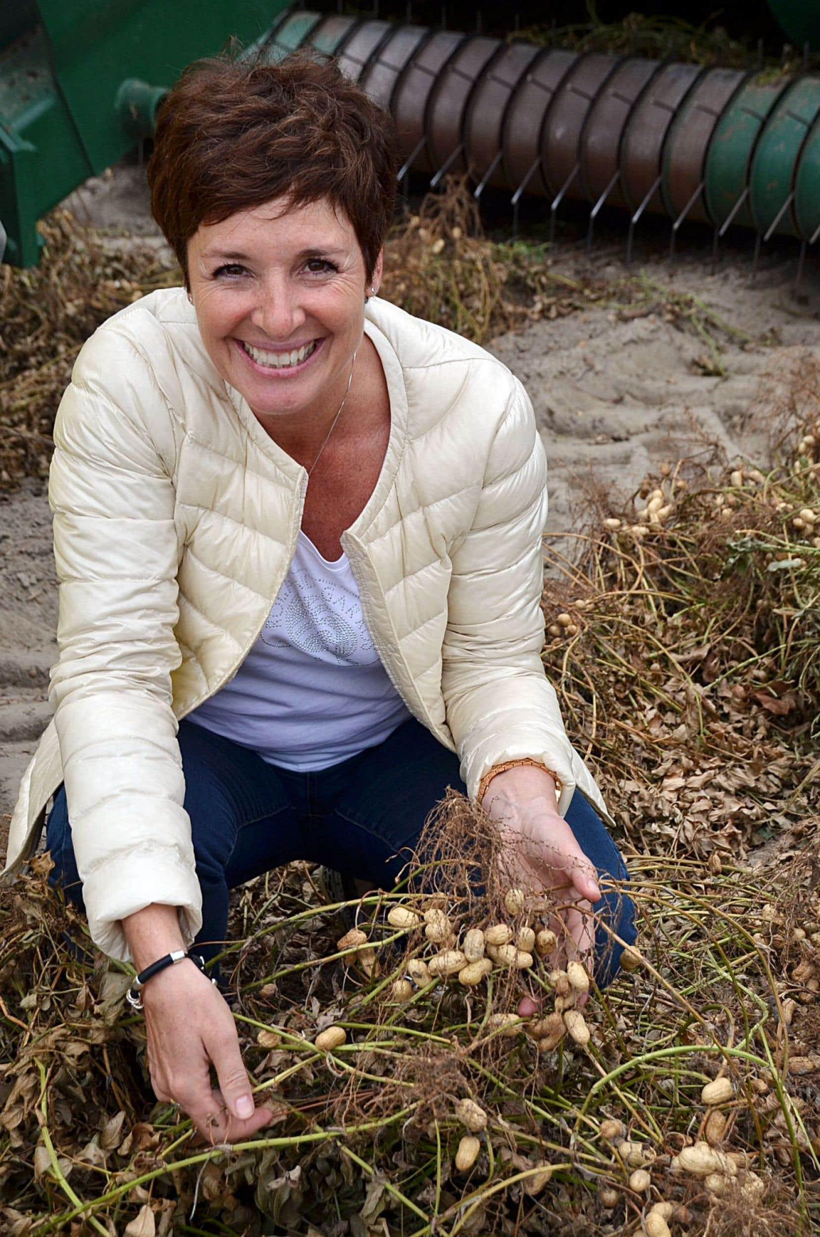 Cuisiner ce qu'elle adore et transmettre ses connaissances à ses enfants est ce qui compte le plus pour HélèneLaurendeau.