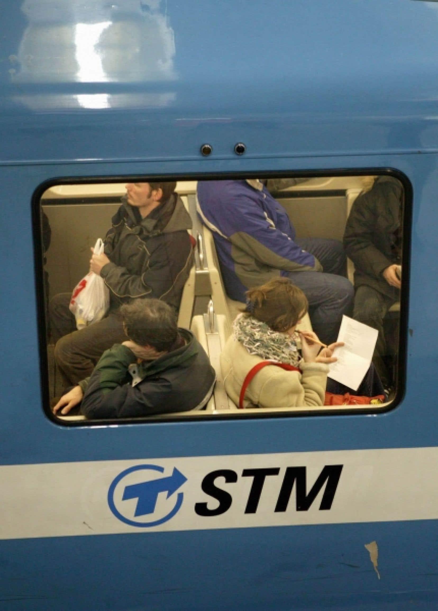 La STM souhaite faire l'acquisition de 765 voitures de métro «sur pneumatiques» tout en se gardant une option d'achat de 288 voitures.