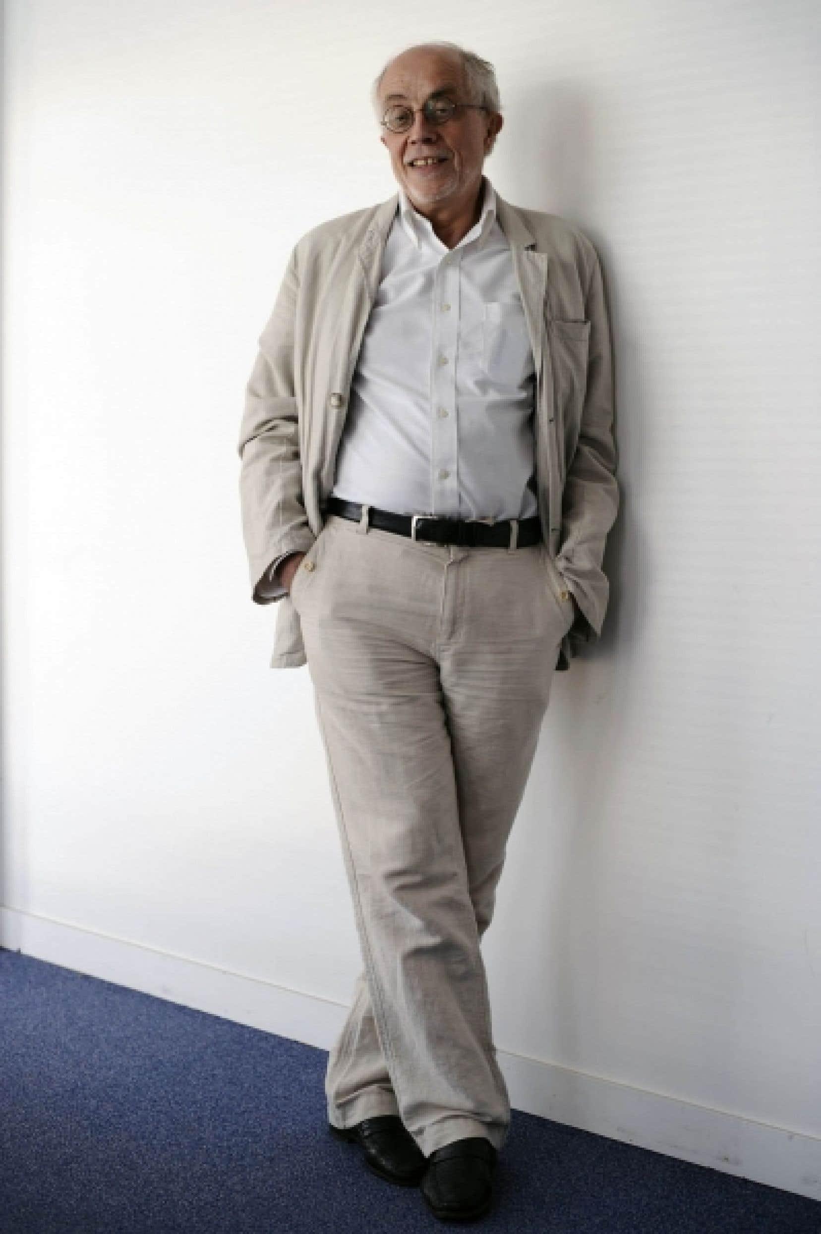 Bernard Poulet est rédacteur en chef au magazine économique français L'Expansion.