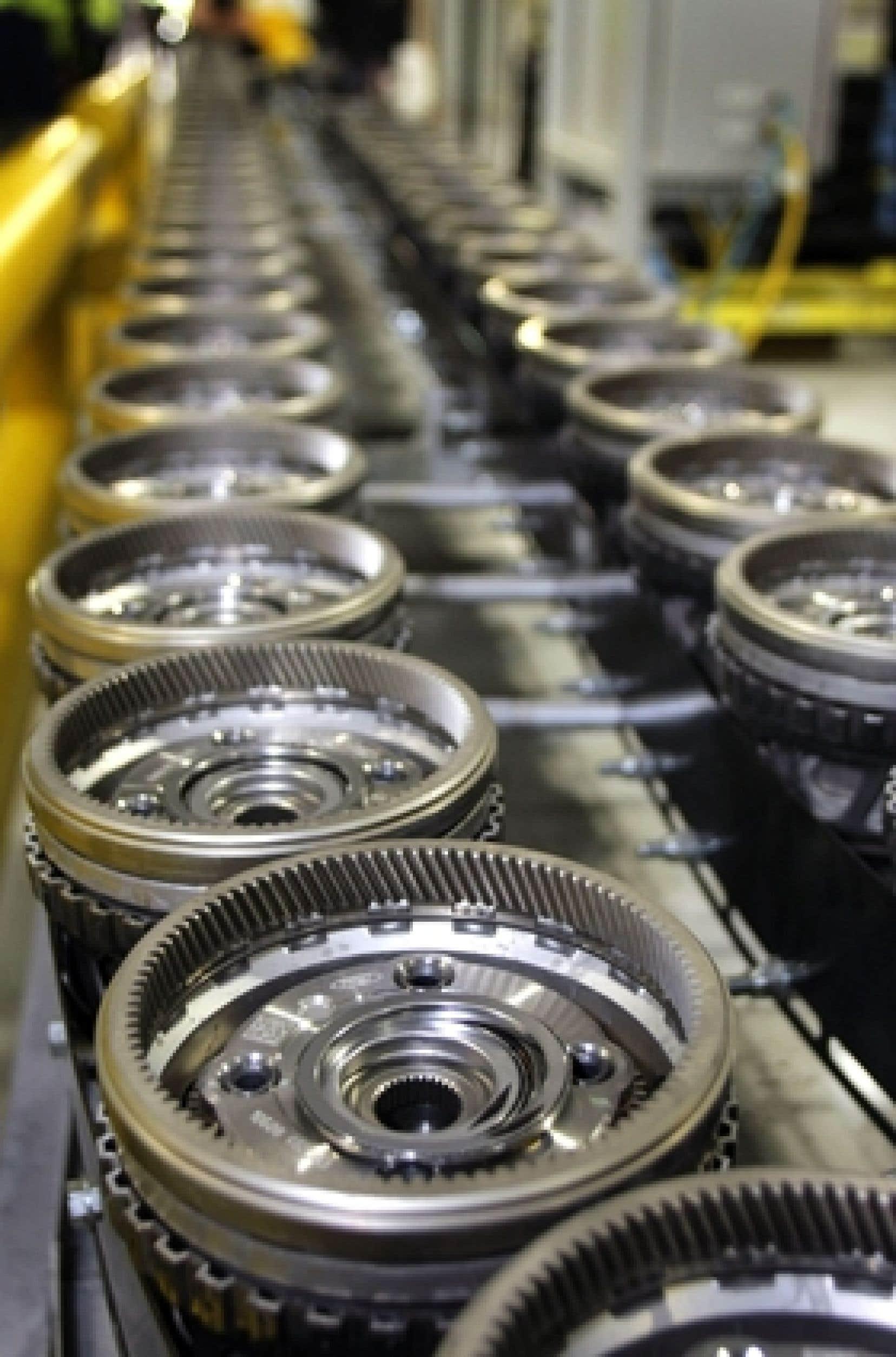 La baisse de la production est essentiellement le fait de l'industrie automobile et des composants électroniques, en raison de la baisse brutale de la demande aux États-Unis.