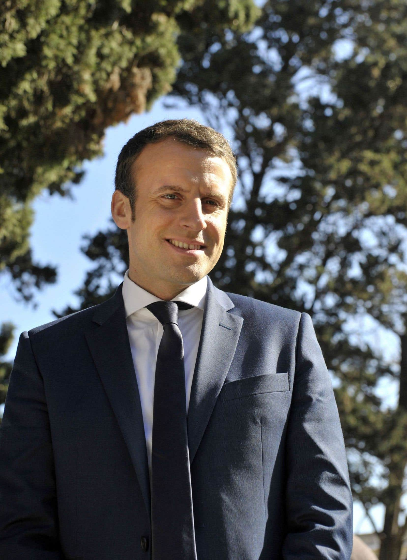 Alors qu'il visitait l'Algérie cette semaine, Emmanuel Macron a qualifié la colonisation française de «crime contre l'humanité», ce qui a soulevé un tollé dans toute la France.