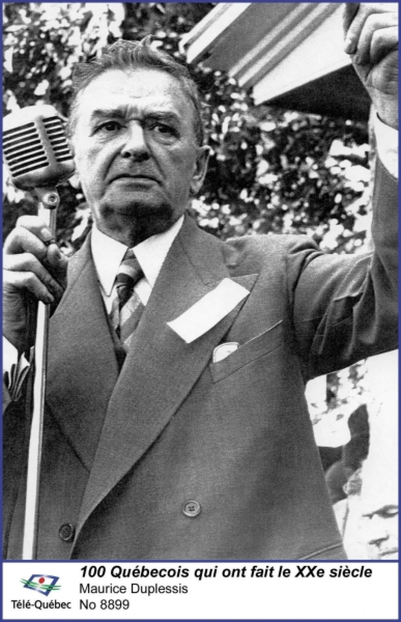 Le conflit entre Maurice Duplessis et les médias, Le Devoir en particulier, s'inscrit dans une époque où les journalistes repensent leur métier et où certains pionniers, comme Pierre Laporte, délaissent leur rôle de courroie de transmission pour celui de critique du gouvernement.