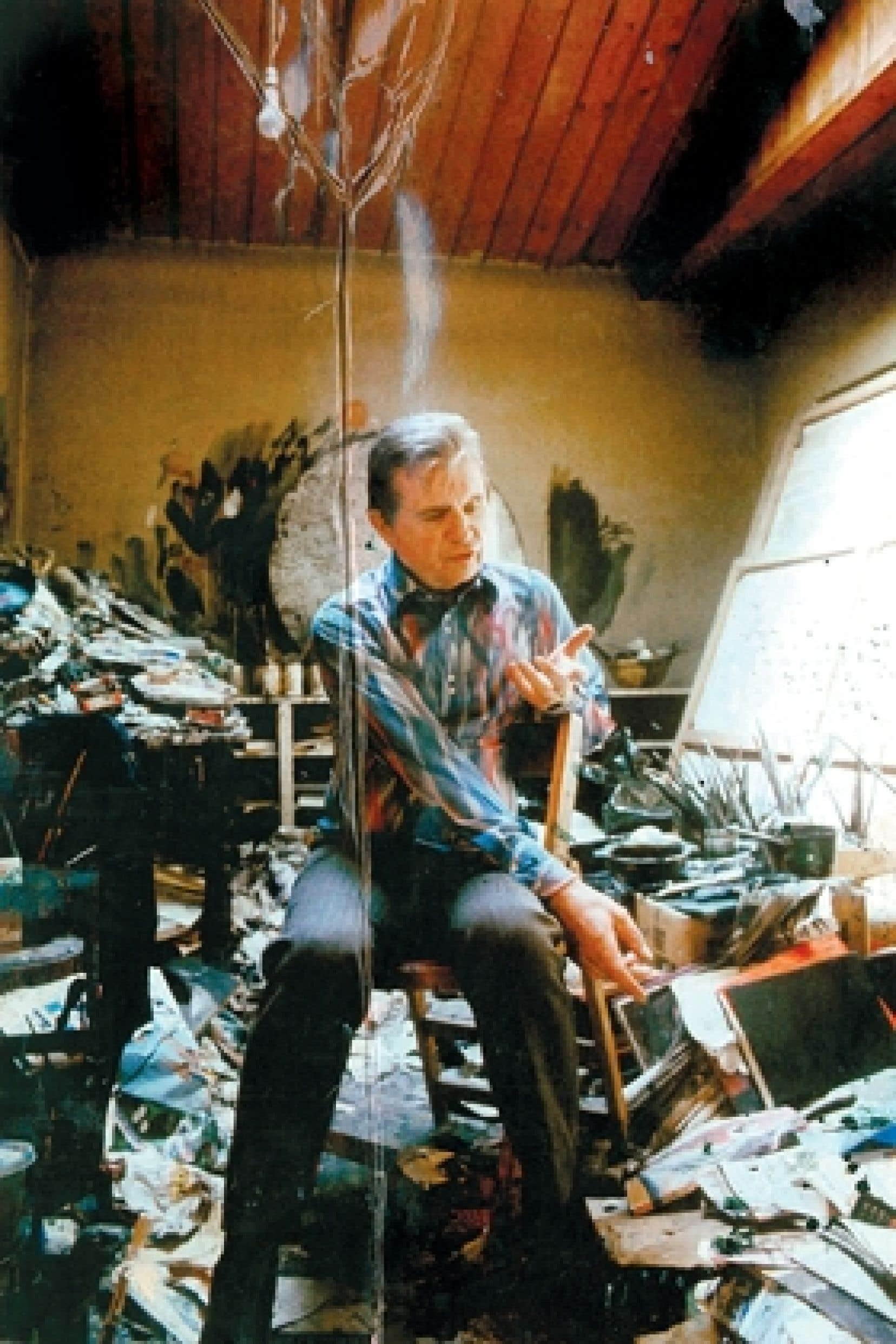 Francis Bacon dans l'atelier de Reece Mews (South Kensington), 1974, photographie de Michael Holz