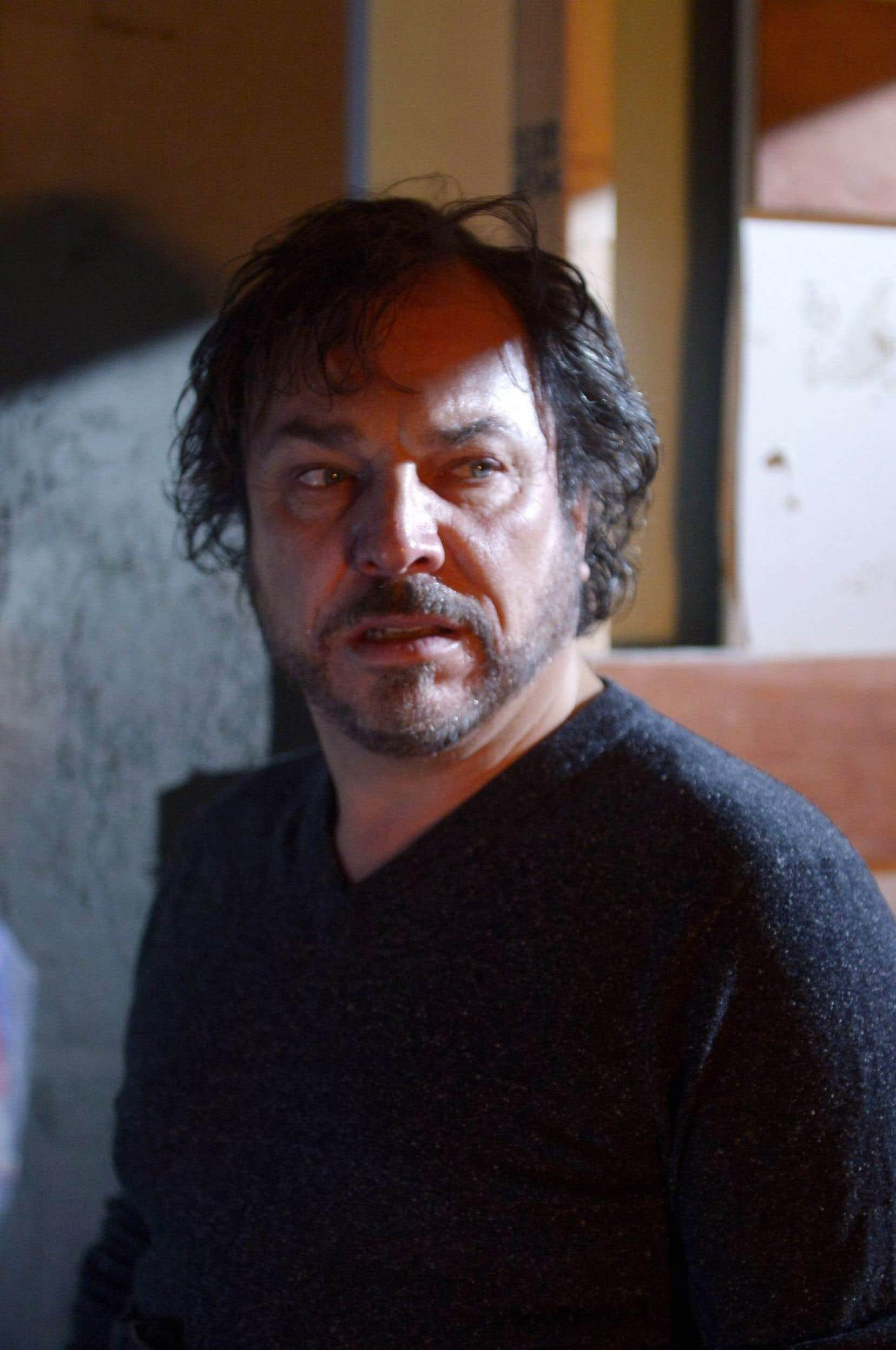 «Un problème d'infiltration», le nouveau film de Robert Morin, dans lequel Christian Bégin incarne un chirurgien esthétique en proie à une grave crise existentielle, sera présenté durant le festival.