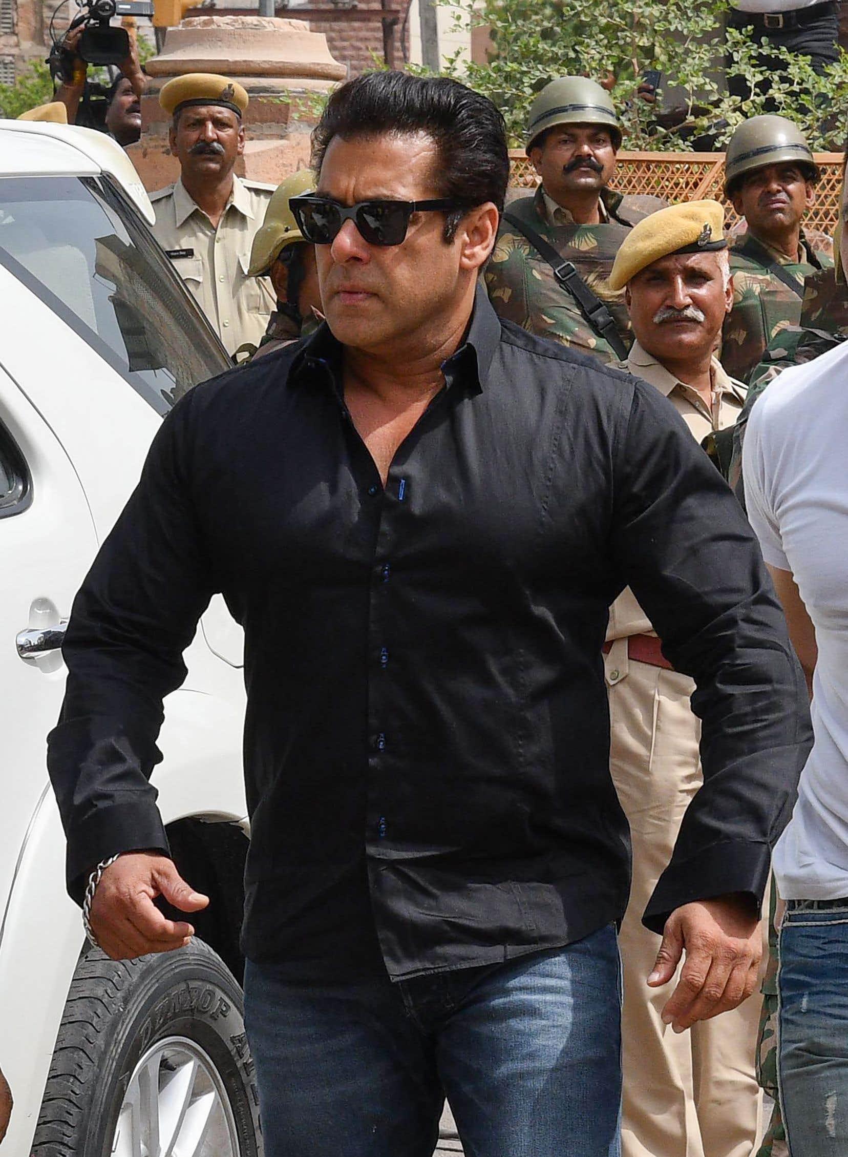 Le «mauvais garçon» du cinéma indien, Salman Khan, a déjà effectué plusieurs brefs séjours derrière les barreaux.