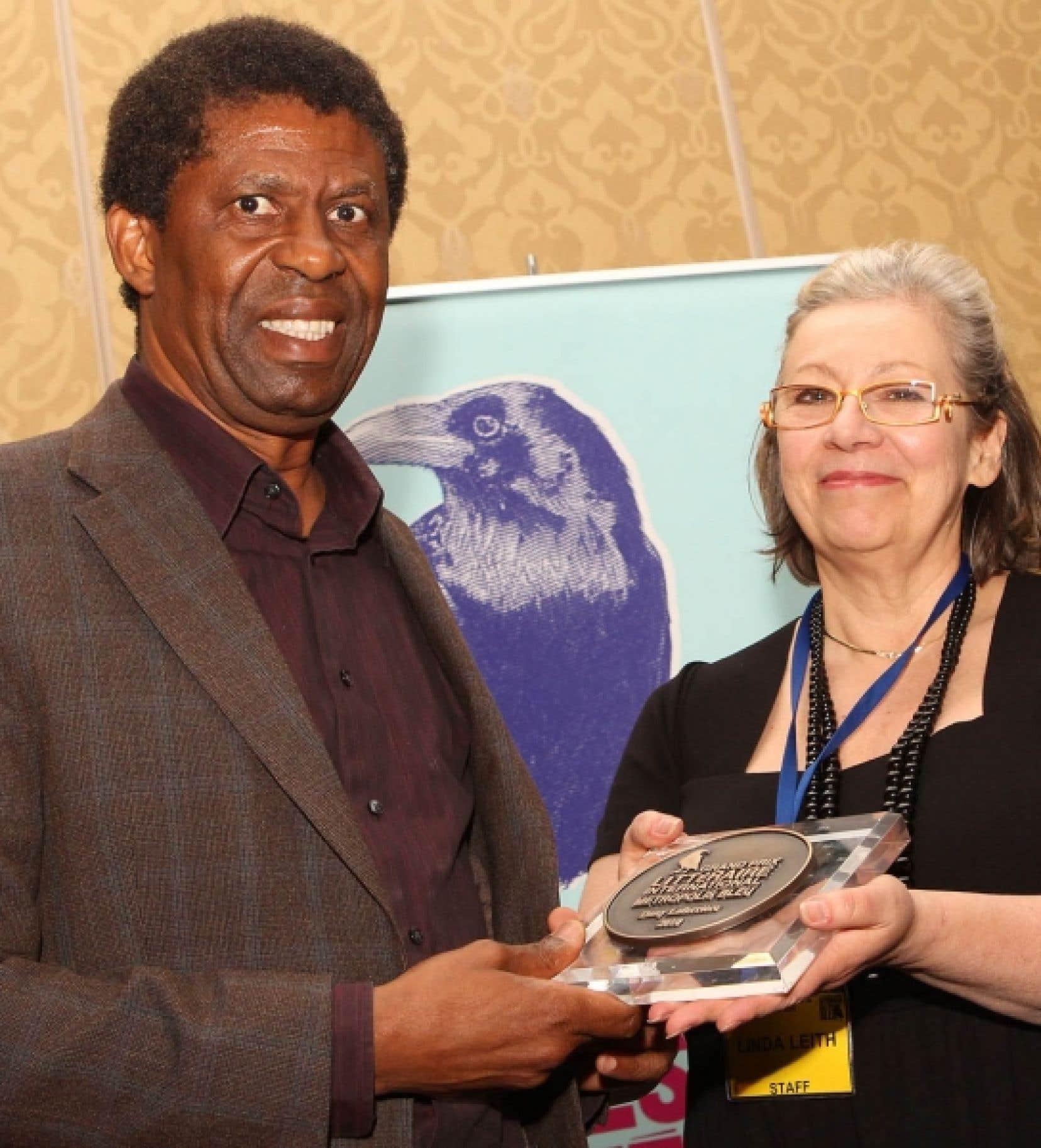 Le Grand Prix littéraire Metropolis bleu a été remis hier à l'écrivain d'origine haïtienne Dany Laferrière