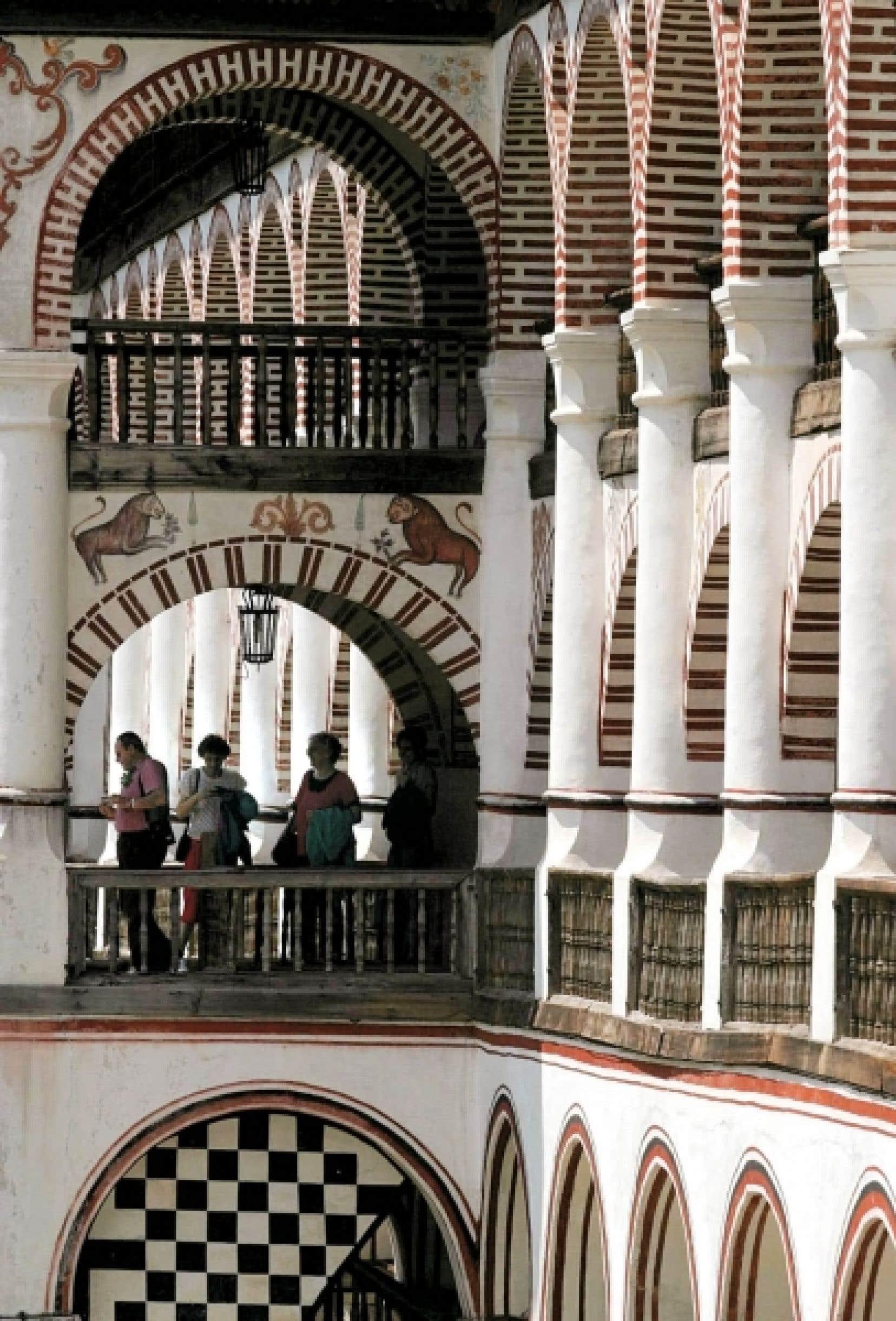 Le monastère Rila, situé à environ 120 kilomètres au sud de la capitale bulgare, Sofia, a été créé au Xe siècle par Ivan Rilski, un ermite canonisé par l'Église orthodoxe.<br />