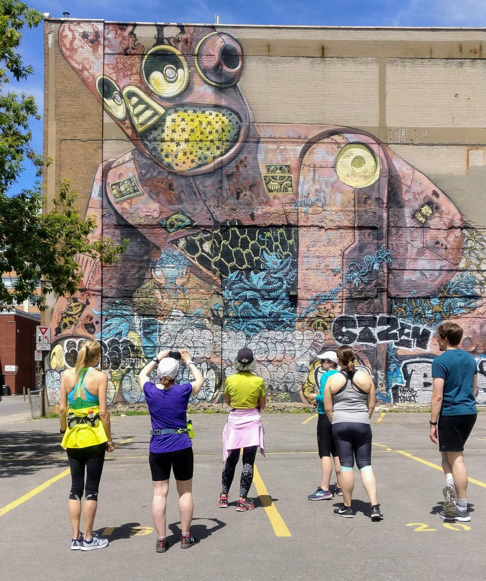 L'organisme Coureurs Montréal propose des circuits pour découvrir l'art urbain.